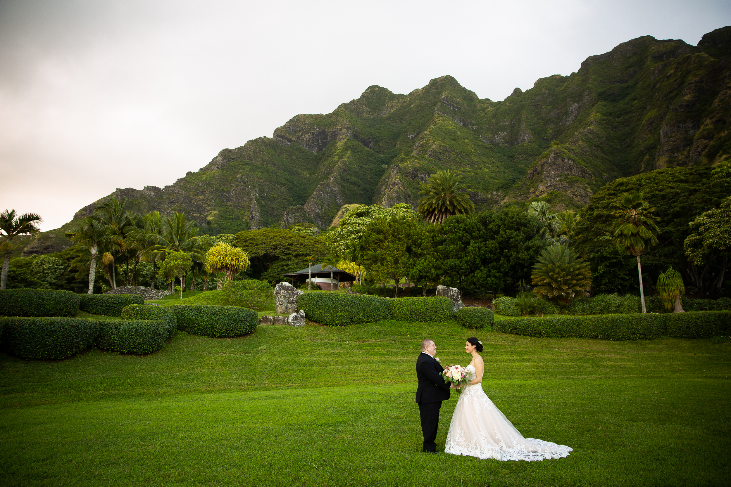Kualoa Ranch Wedding in Hawaii -55.jpg