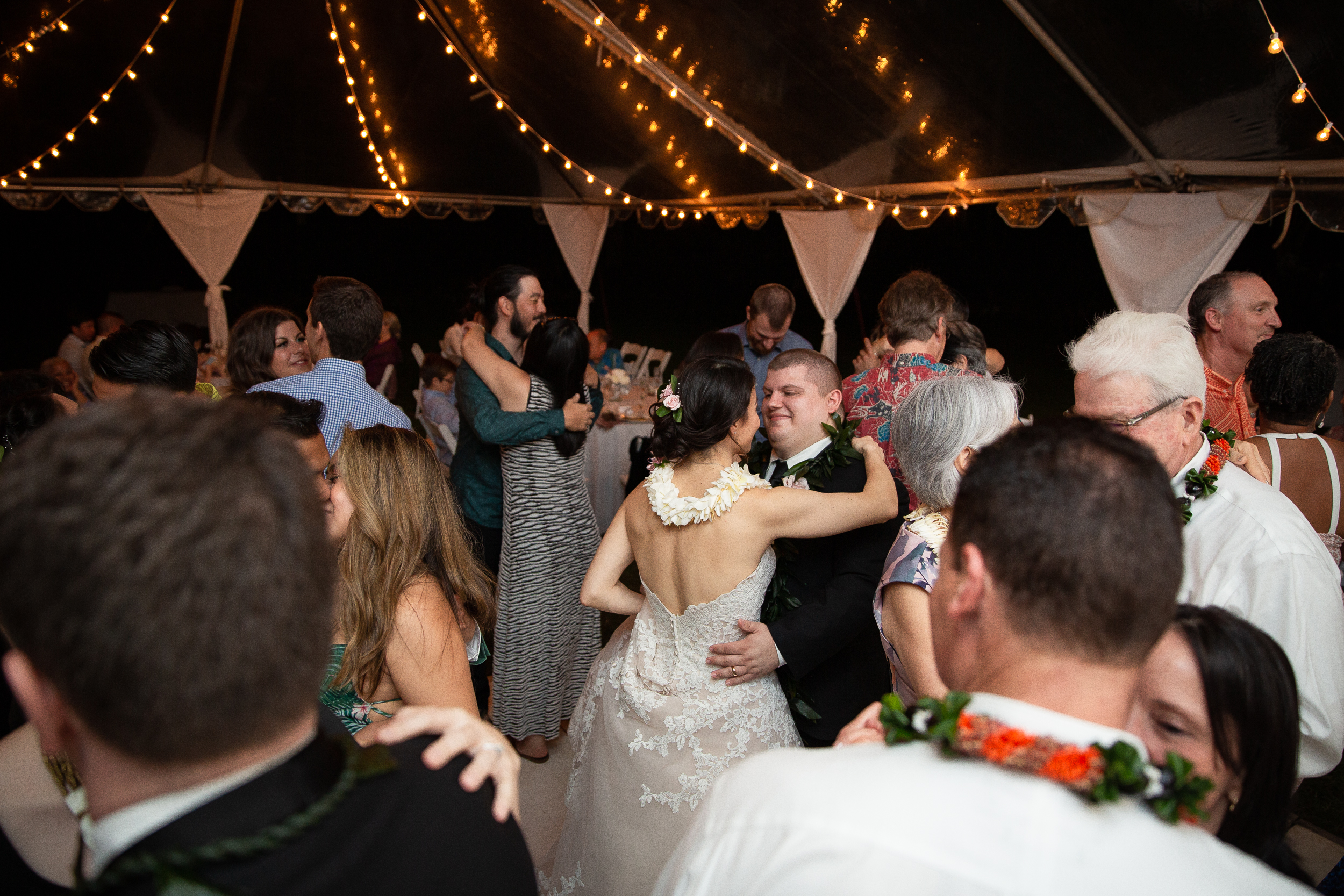 Kualoa Ranch Wedding in Hawaii -89.jpg