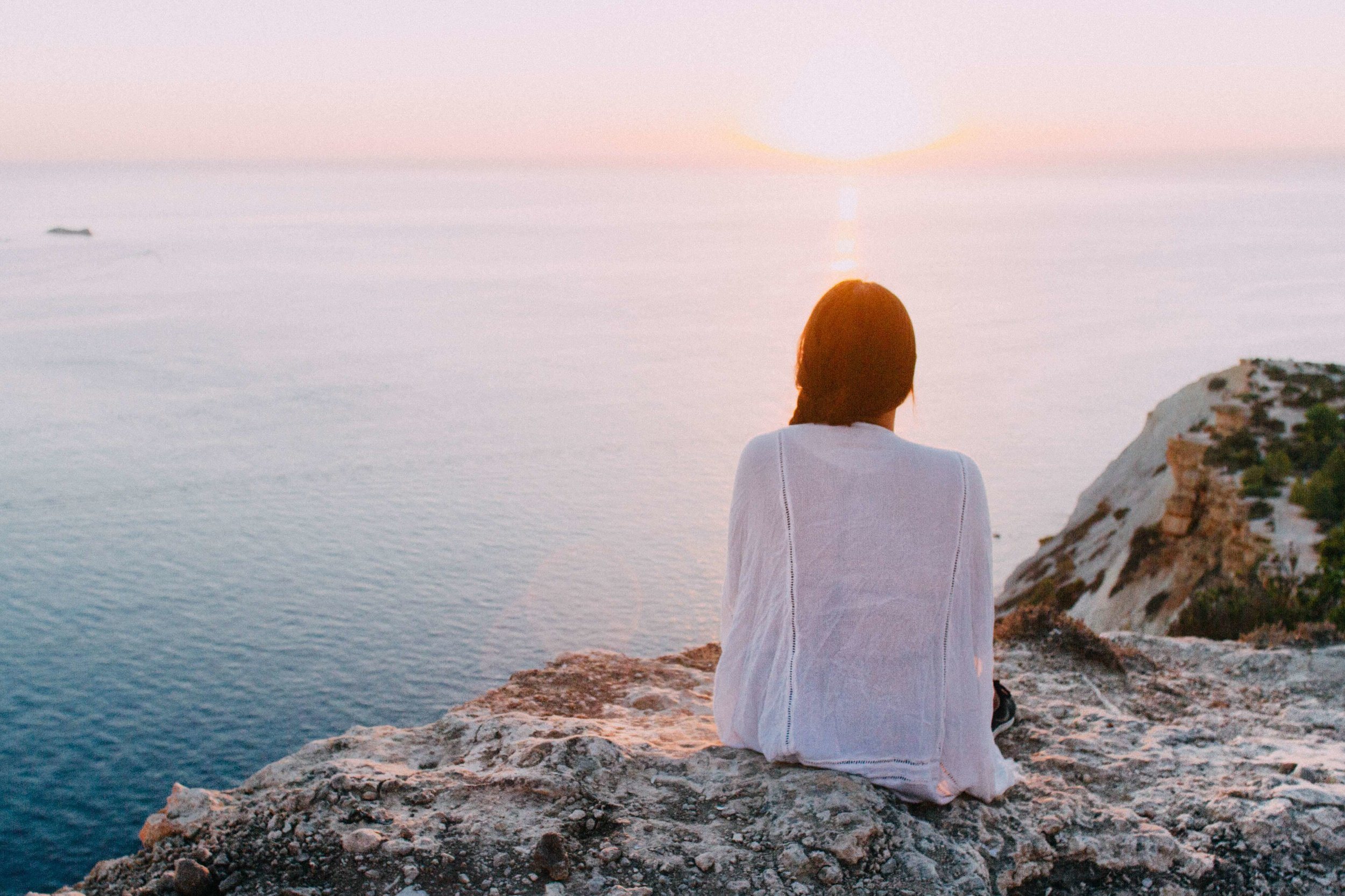 How to create a new reality using your thoughts - Margie's Hi-Vibe Life