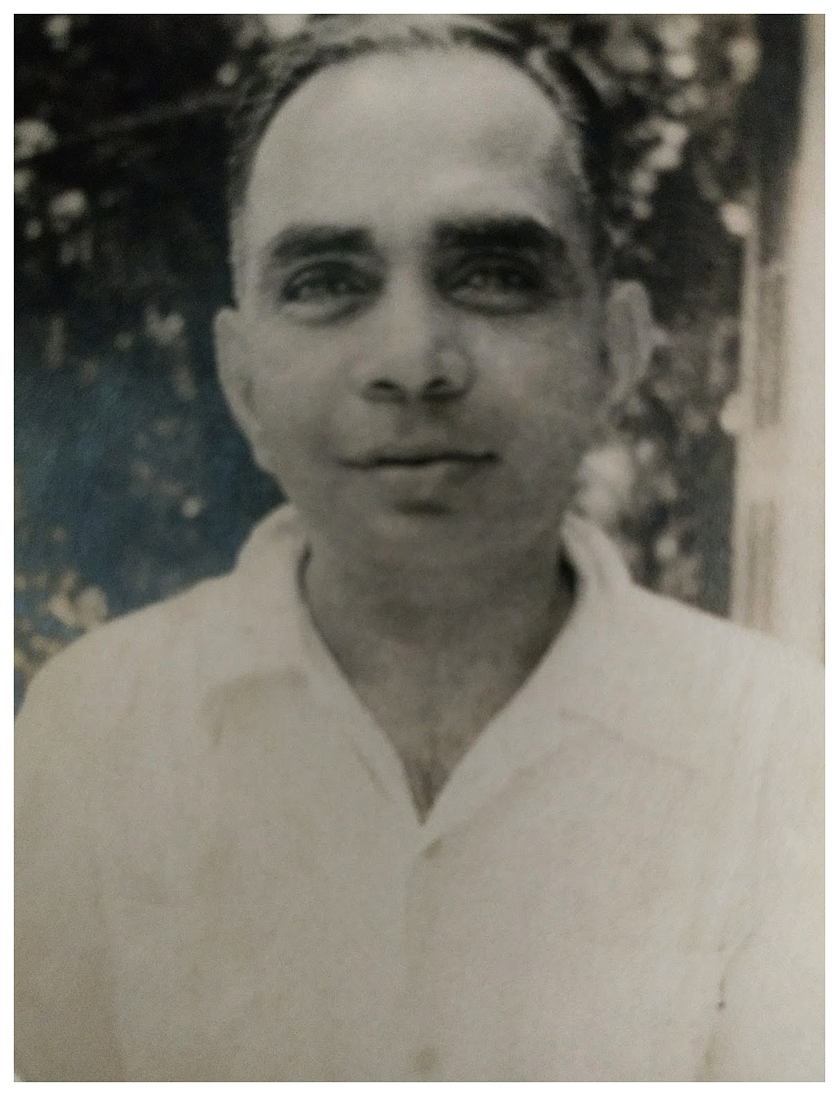 R Madhavan Nayar -  Shri R Madhavan Nayar was a pioneer in business, industry, art, history, sports and philanthropy. With early training in classical music and dance, history and art he always stressed the importance of education in alternative streams.