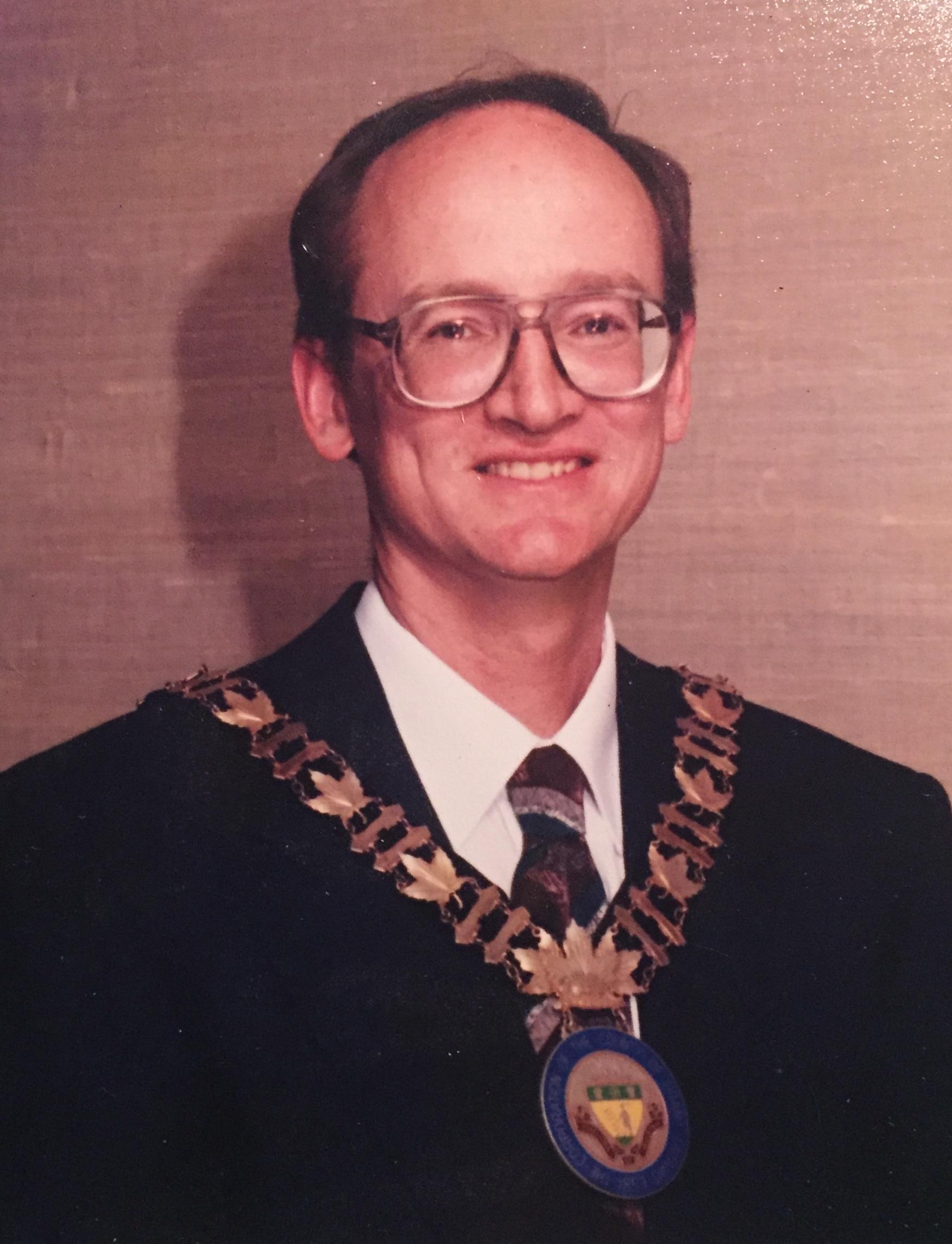 Warden Robert Chambers 1994 -