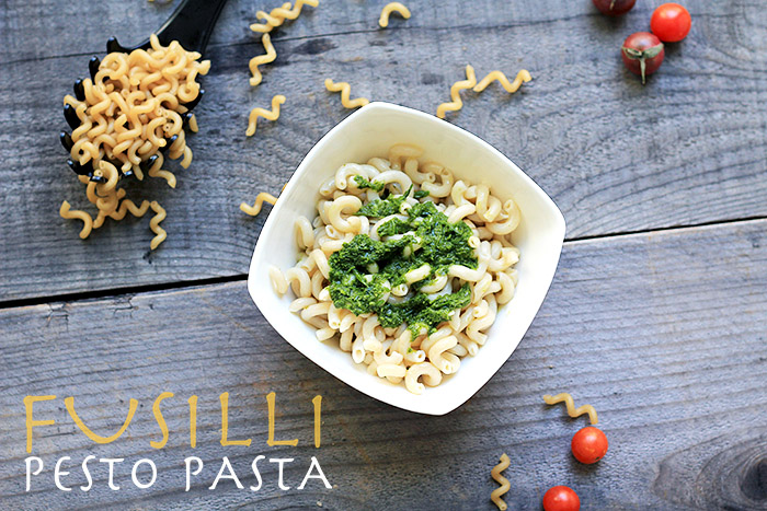 A gluten-free pasta recipe made with fresh vegan pesto. Bell pepper and tomatoes are sautéed in the pesto for an extra taste of garlic, lemon and basil.
