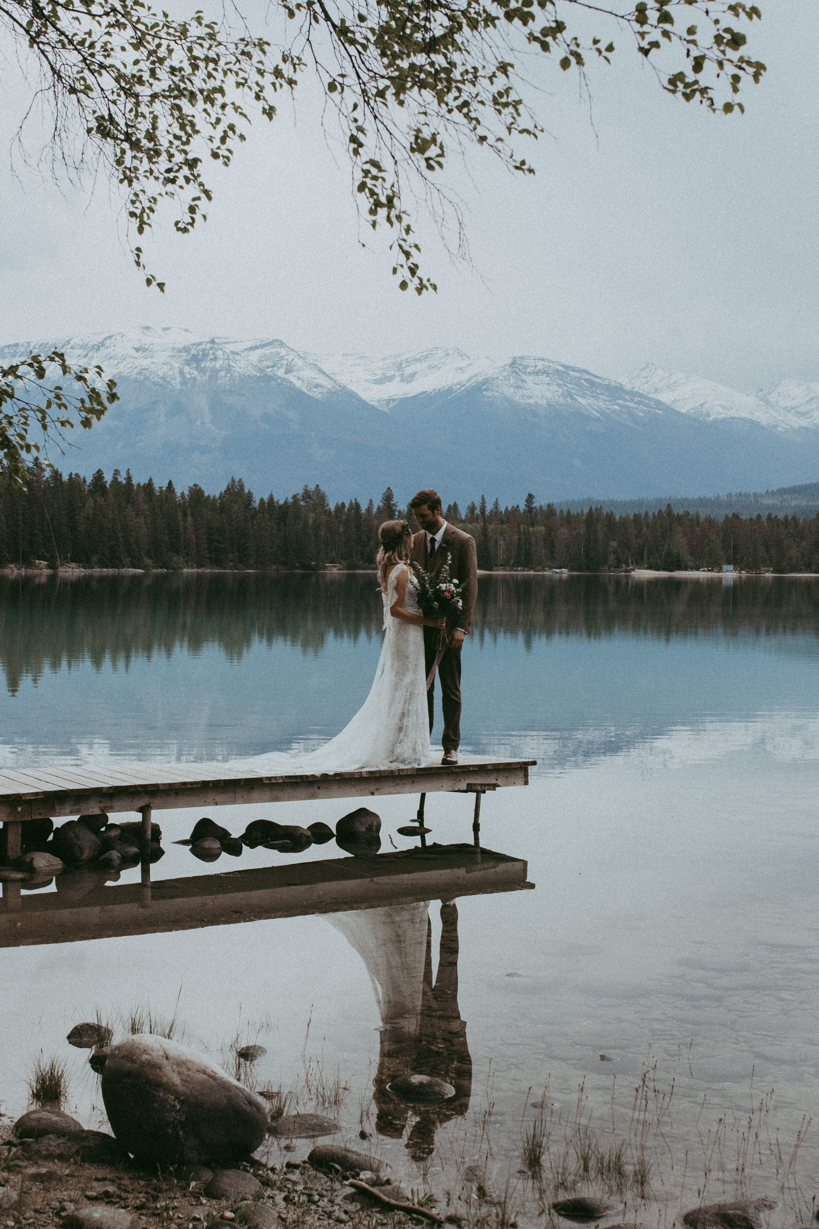 19-06-22 - Rebecca & Aaron - Jasper Wedding - Rocky Mountain Wedding-42.jpg