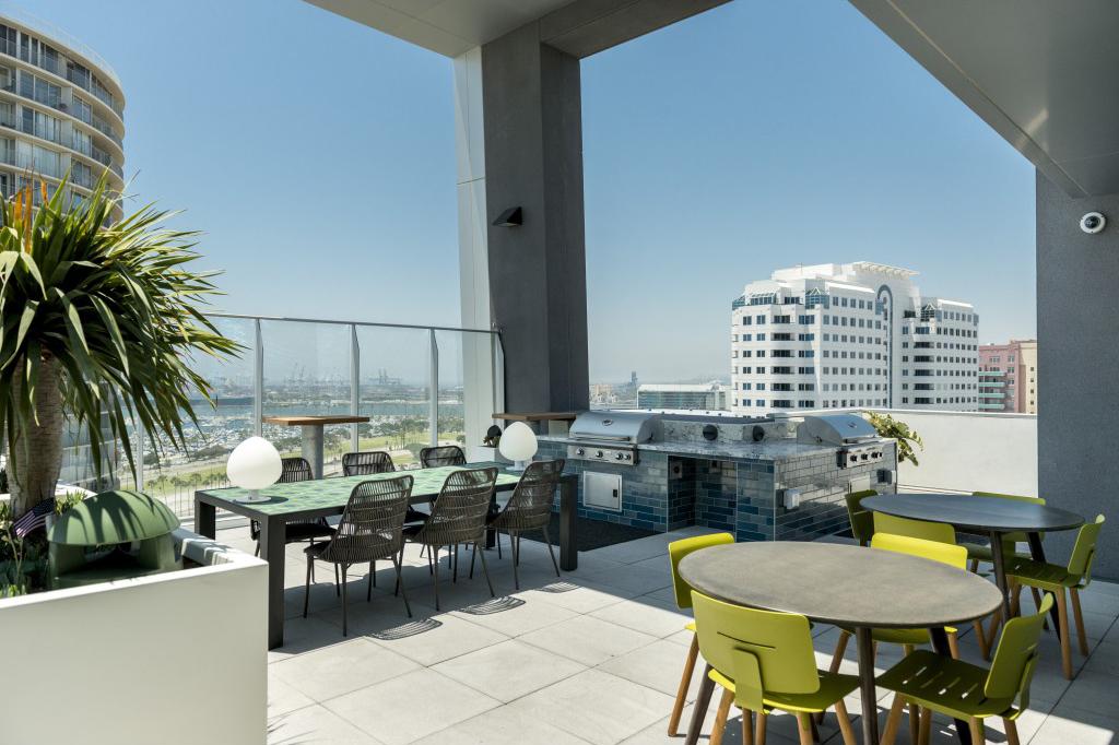For-Rent-dot-com_Upper Terrace.jpg