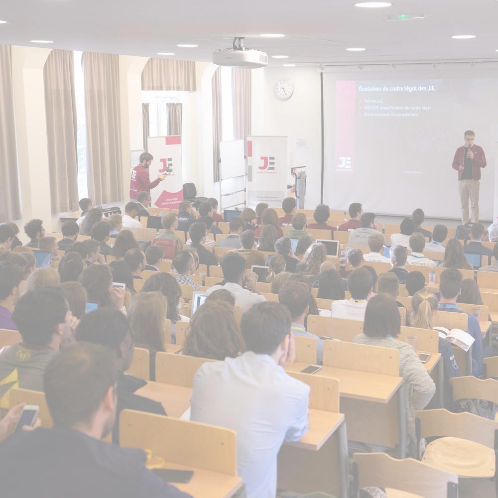 Visibilité - Boostez votre marque employeur auprès de 22 000 étudiants