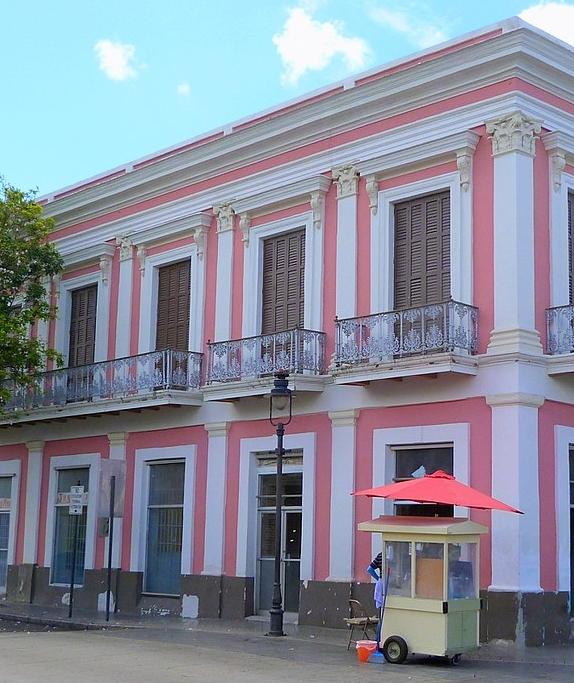 1200px-Casa_Vives_-_Ponce_Puerto_Rico.jpg