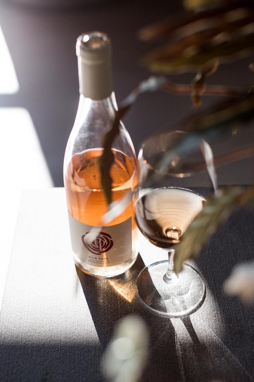 rotie-cellars-tasting-room-seattle-sodo-wine-danielle-motif-photography-5.jpg