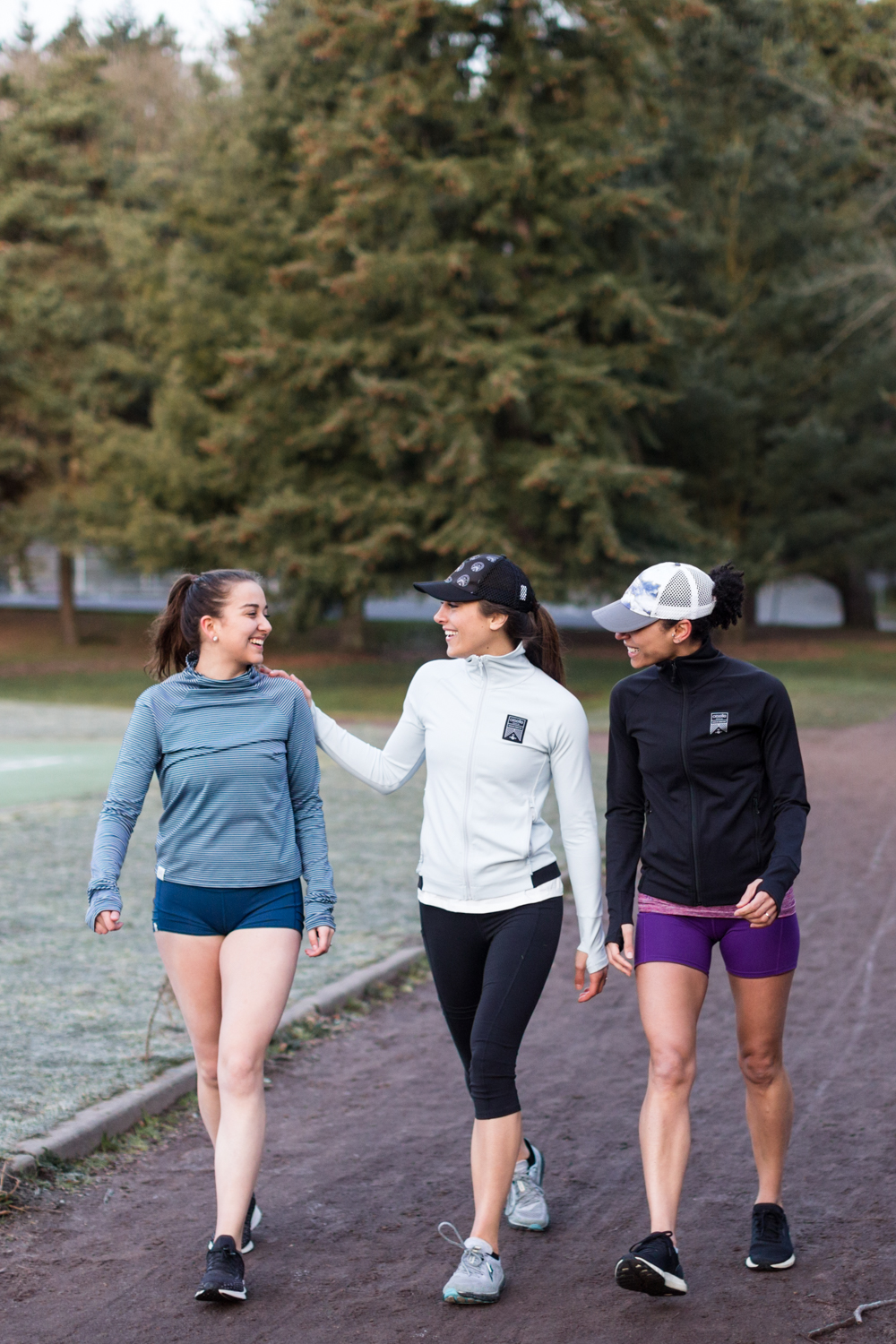oiselle-track-trio-greenlake-danielle-motif-photography-18.jpg