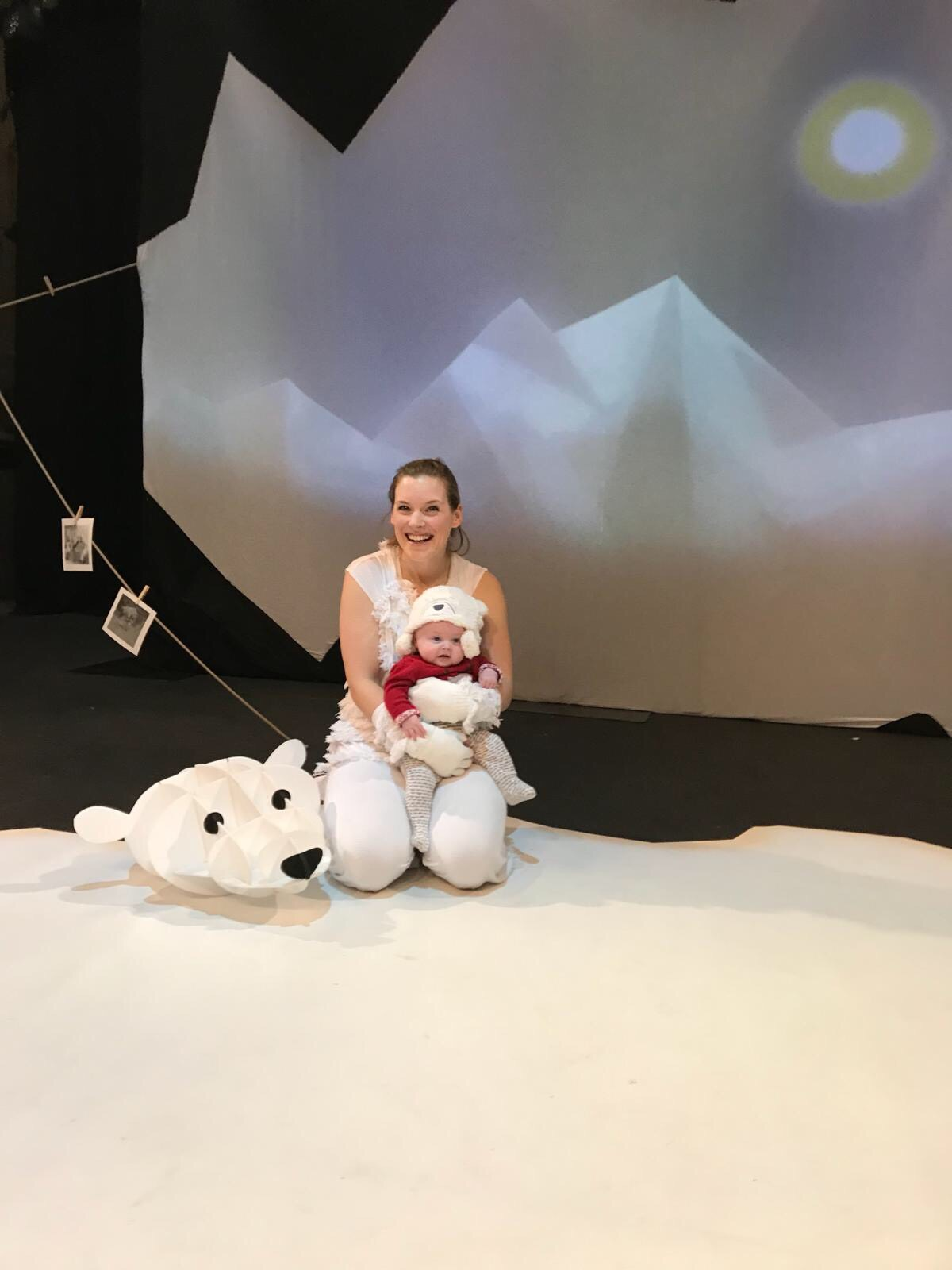 Sarah Shephard and Luna.  Filskit Theatre  in rehearsals at Ovalhouse after a performance of 'Breaking the Ice'.
