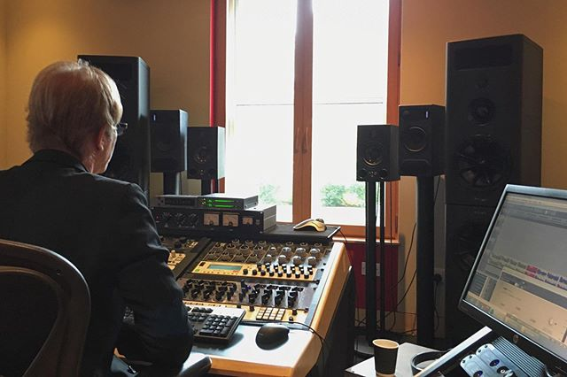 ❌Throw🔙 to getting 'Boxes' mastered at the iconic #abbeyroadstudios by the amazing Frank Arkwright.