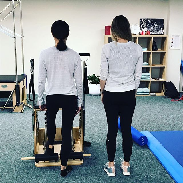 Can you guess who is the client and who is the instructor? . #pilates #balance #pilatesbody #pilatesreformer #kewmums #mumslife #fitness #sportsinjuries #hawthorneast #stonnington #camberwell #functionalfitness #functionalmovement #pilateskew #kewmums #kew #hawthorn #backpain #northbalwyn #mums #reformerpilates #kewreformerpilates #hawthornpilates #pilatesbodystudio #hawthornbaby #pregnancyworkout #fitpregnancyworkout #bubs #mumandbubfitness #mumandbubsfitnessclasses #diastisrectiexercises