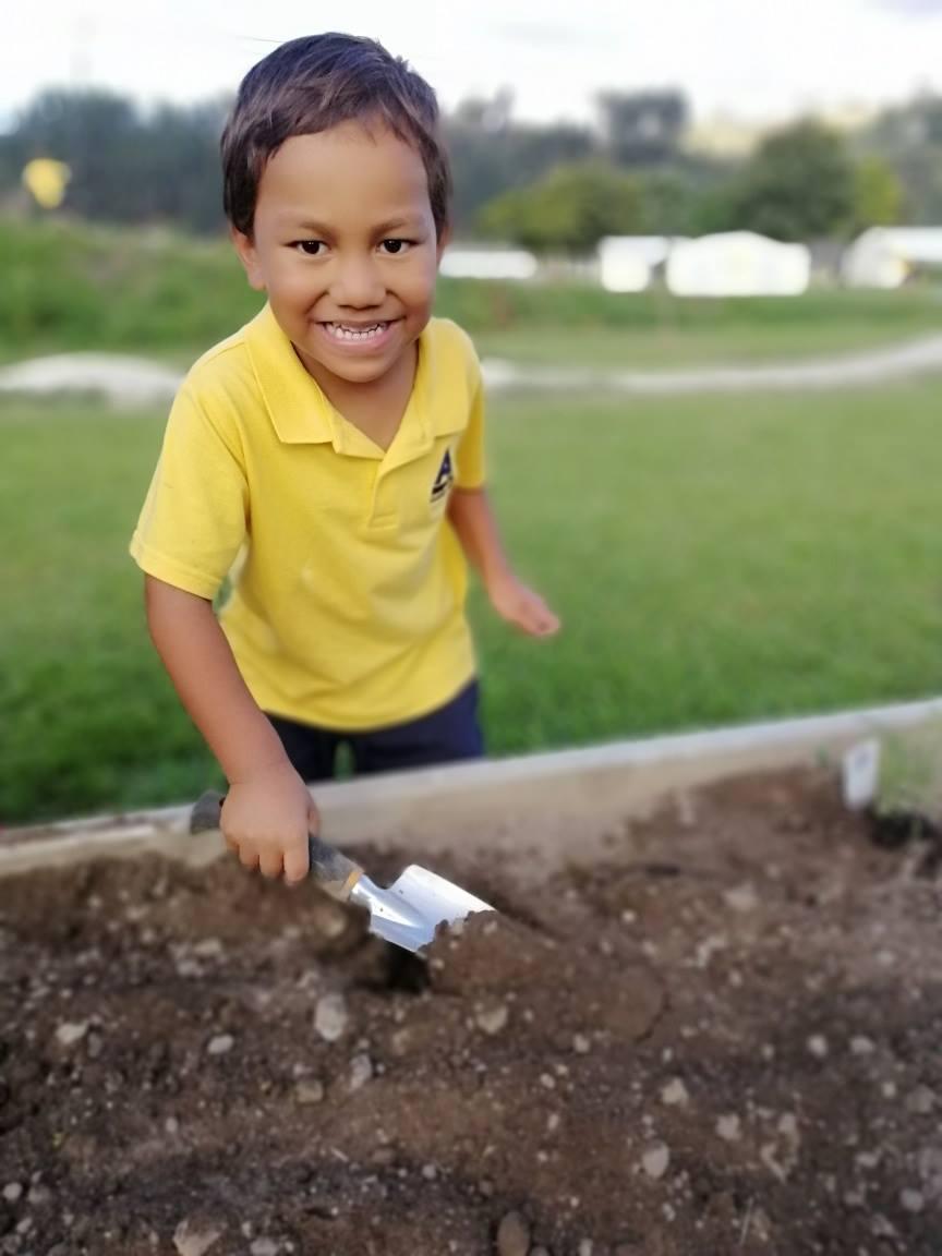 Te Ahurewa planting.jpg