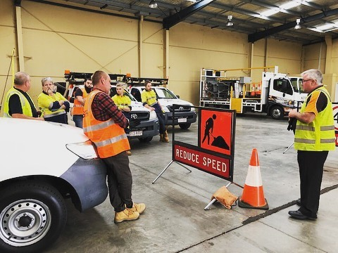 Lyndsay delivering TMI training at our Northgate depot last week. Check out our website to see what other courses we deliver www.altustraining.com.au. RTO#41594 #trafficmanagement #trafficcontrol