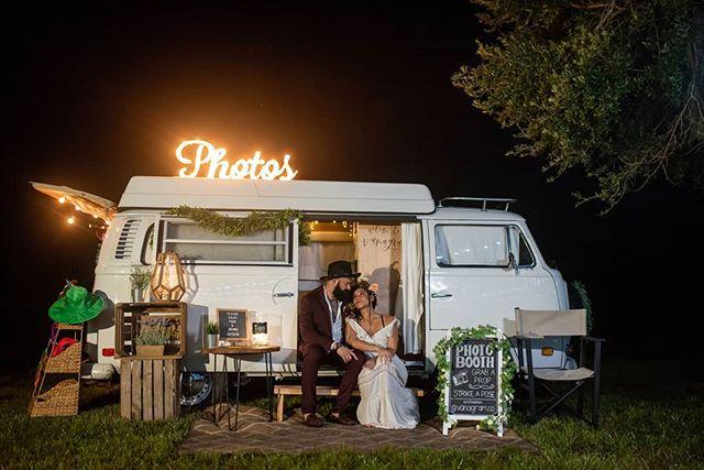 Throwback to #wedfest at the Lone Palm Ranch. 📷: @sarahannayphotography  @the_garnishguy . . . . . . . . #bride #groom #wedding #love #weddingday #weddinginspiration #weddingparty #photobooth #photography #staugustineweddings #stafla #staugustinebeach