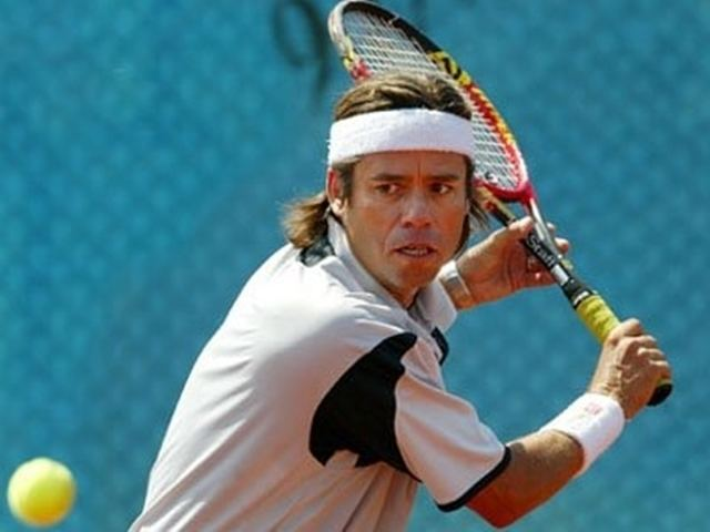 Pablo Arraya - Moved to Peru when he was 8 years old and represented Peru at several international events such as: Davis Cup and Barcelona Olympic Games. He also played the 4 Grand Slam (Australia Open, Wimbledon, Roland Garros and U.S. Open).Pablo played with top players such as Mats Wilander, Bjorn Borg, Guillermo Vilas, Jimmy Connors, Andre Agassi and Andres Gomez.Highest career ranking was 29 ATP and won 43 career titles including 2 ATP Tour events.His sister, Laura Arraya ranked in the top 20 WTA, she played with top players such as Steffi Graff, Martina Navratilova and Monica Seles.
