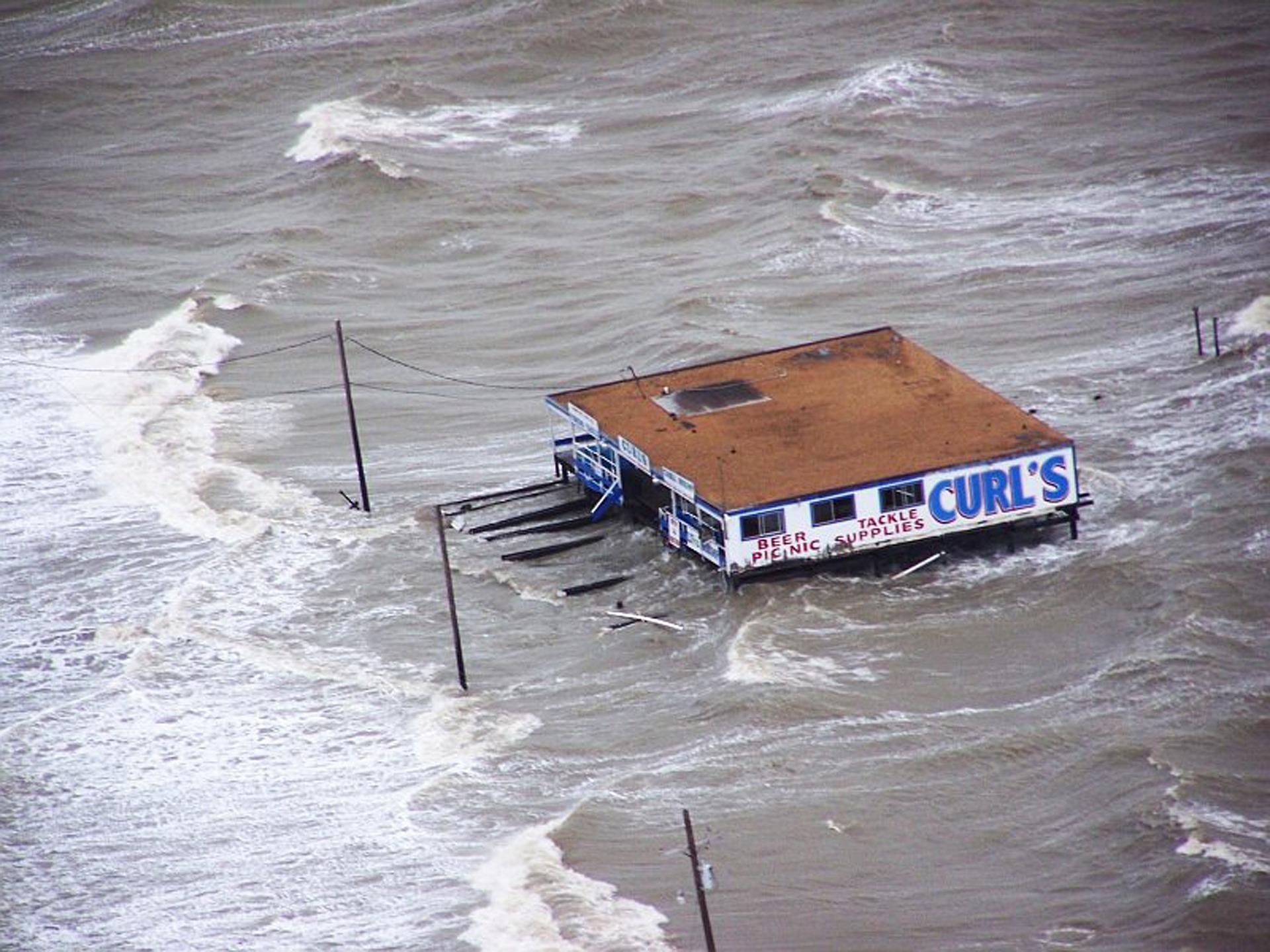 flood-664712_1920.jpg
