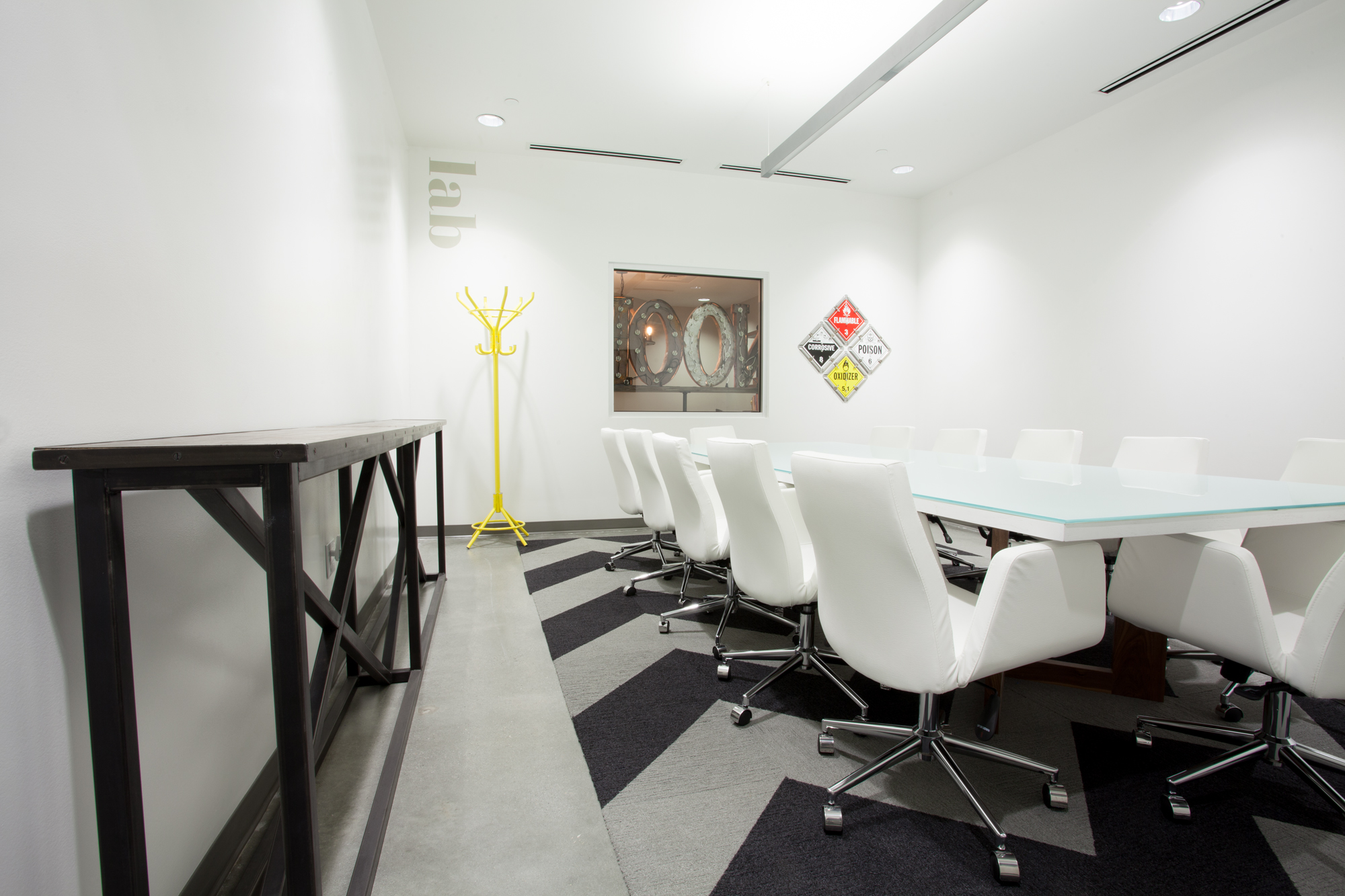 ROAM coworking conference room design.jpg