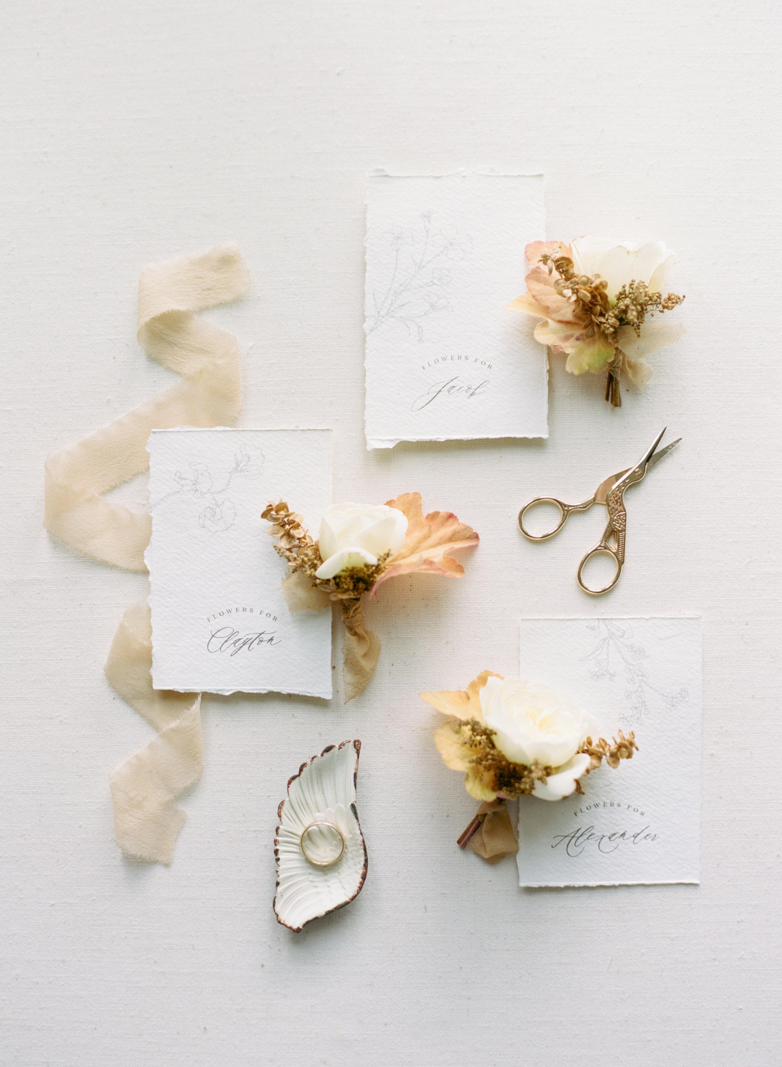 alexandra-meseke-understated-soft-luxury-wedding-upstate-ny_0011.jpg