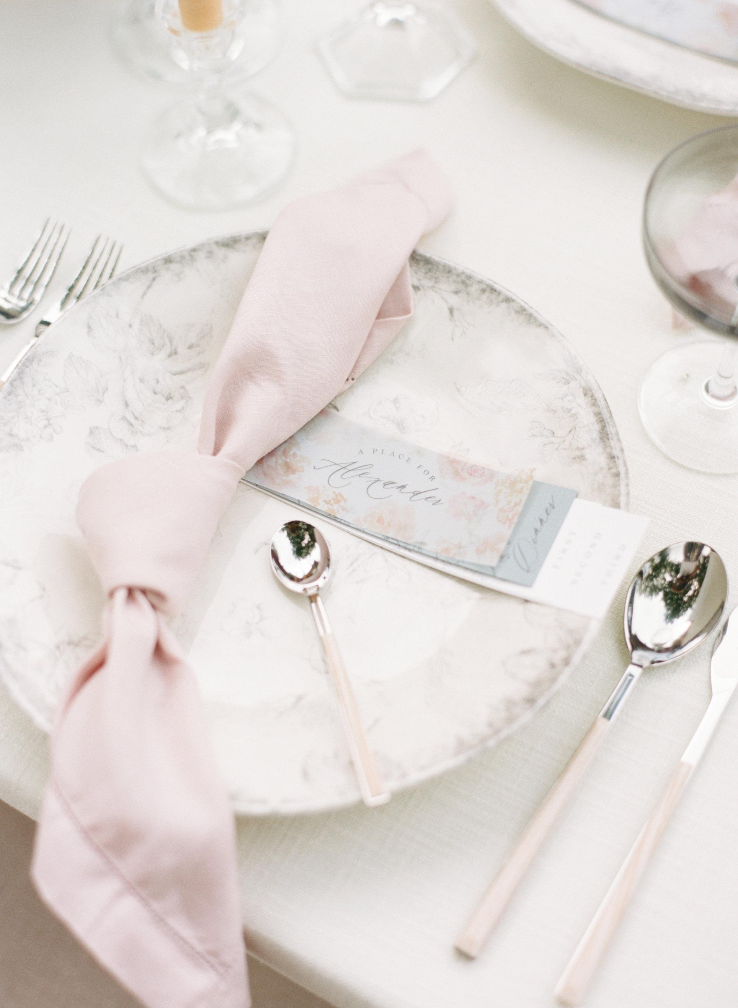 alexandra-meseke-understated-soft-luxury-wedding-upstate-ny_0129.jpg