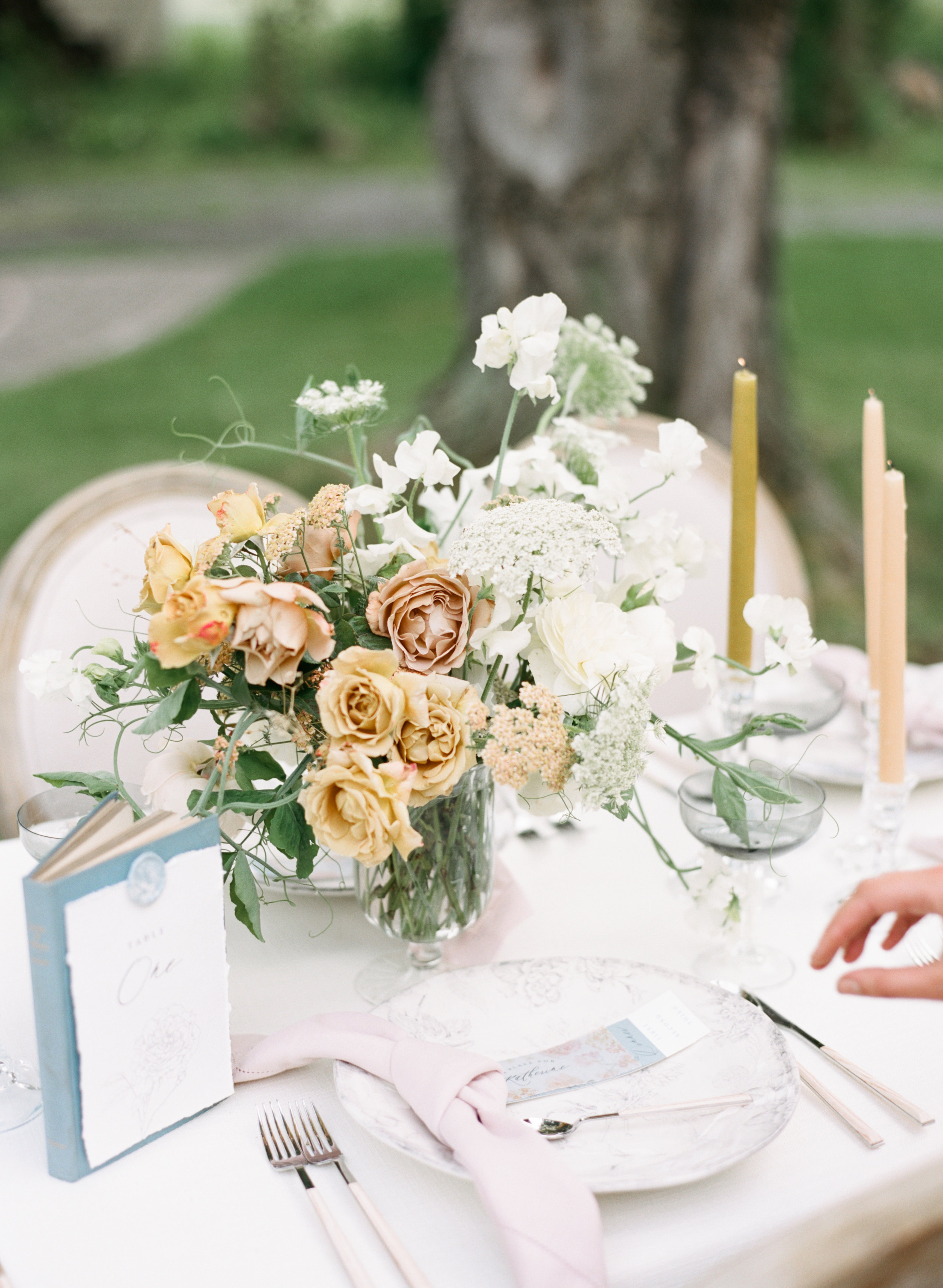 alexandra-meseke-understated-soft-luxury-wedding-upstate-ny_0135.jpg