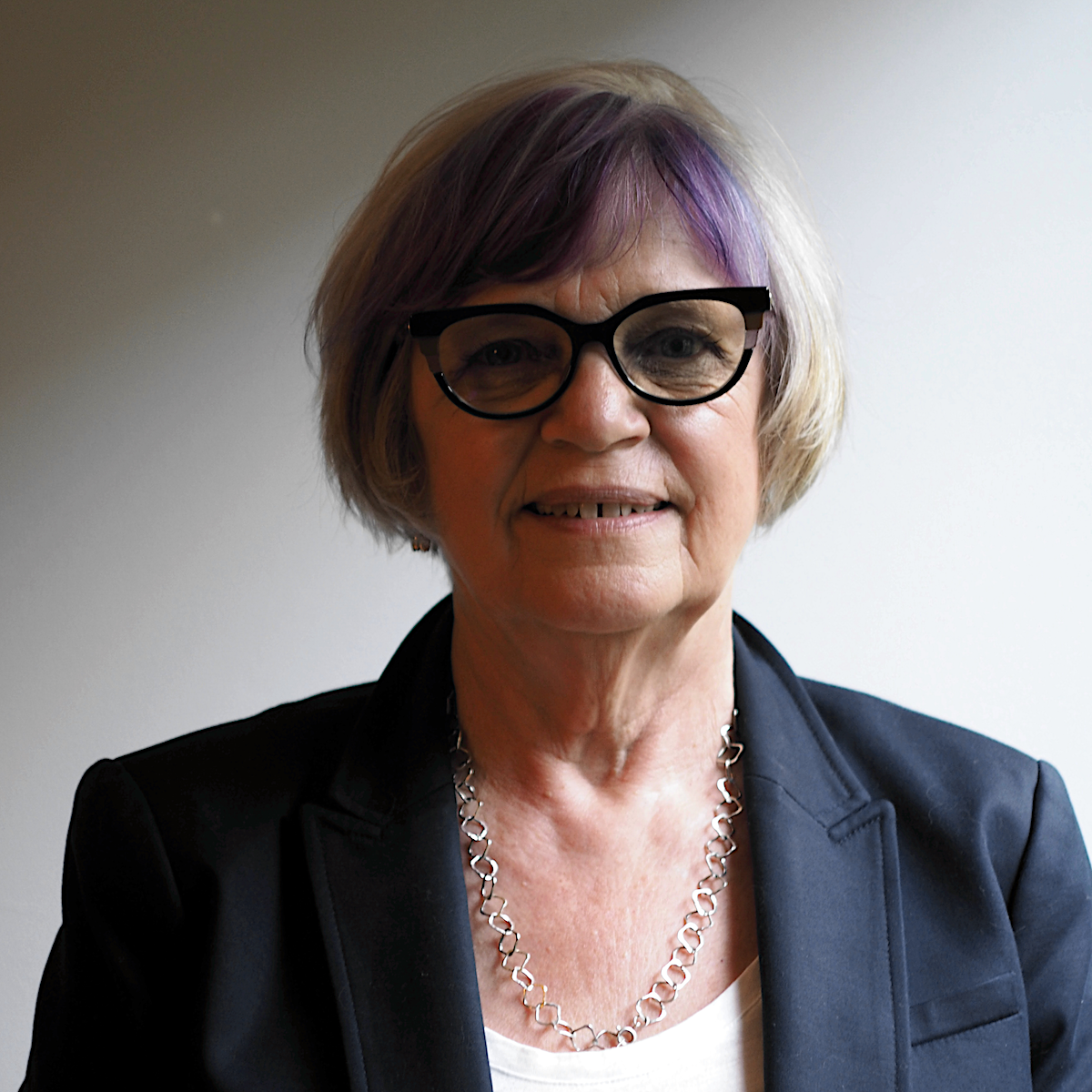 Sheila Moir 1.png