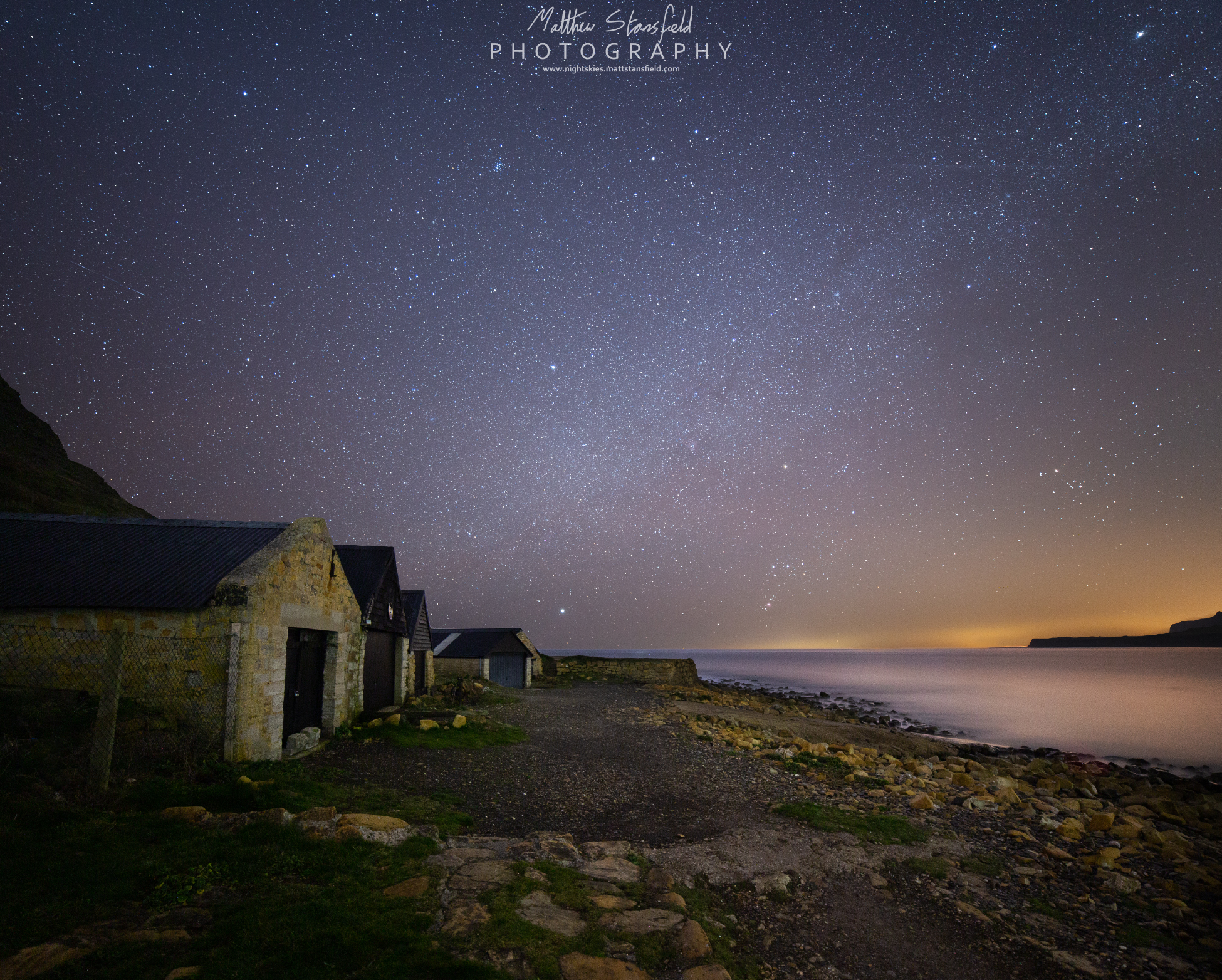 Kimmeridge Bay - ISO 800, F2.8, 240 seconds for the sky. ISO 1600, F2.8, 320 second exposure.