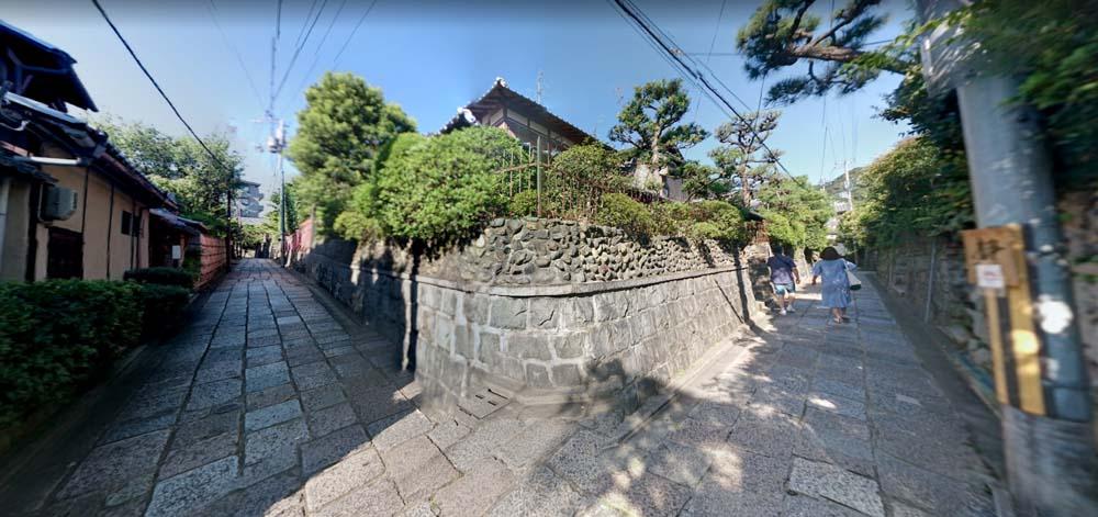 Ishibei Koji 07 House Corner.jpg