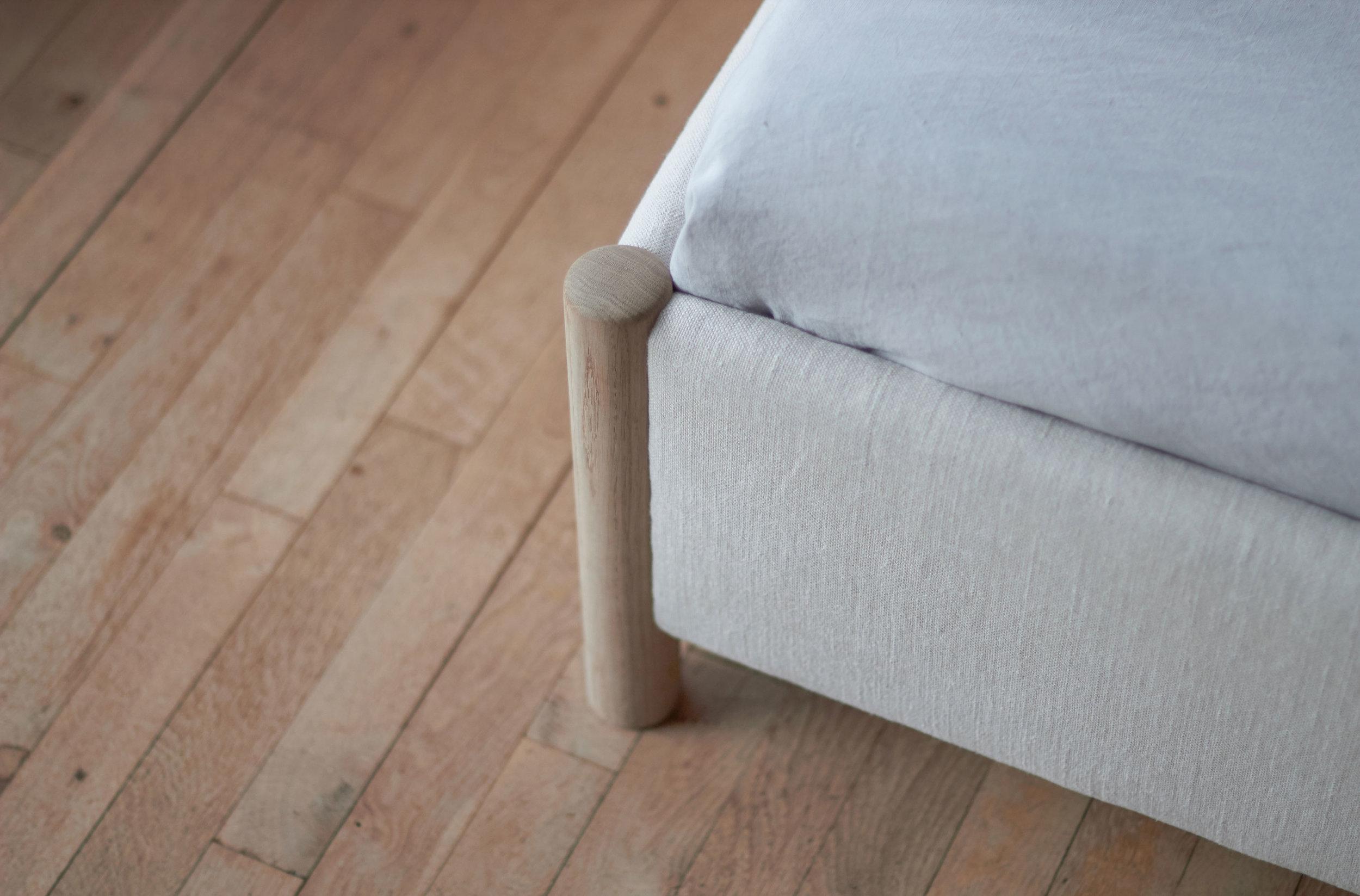 8---VENG-BED---RE-BEDS---DESIGN-BY-OLIVER-&-LUKAS-WEISSKROGH.jpg