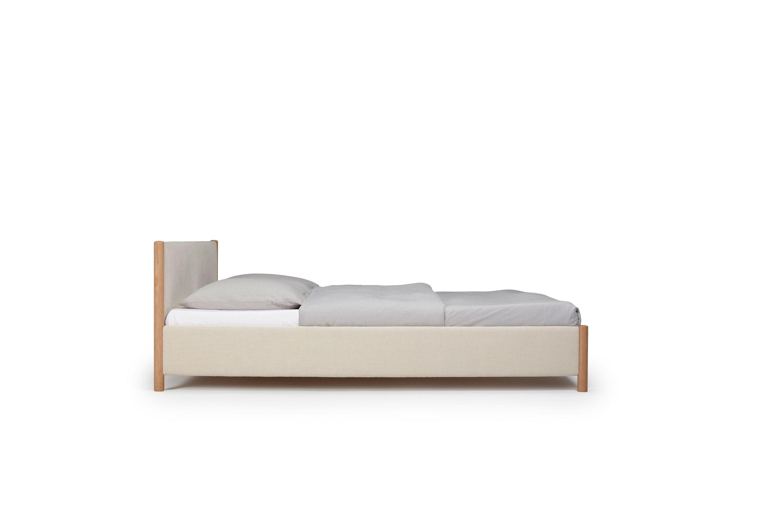 1.2---VENG-BED---RE-BEDS---DESIGN-BY-OLIVER-&-LUKAS-WEISSKROGH.jpg