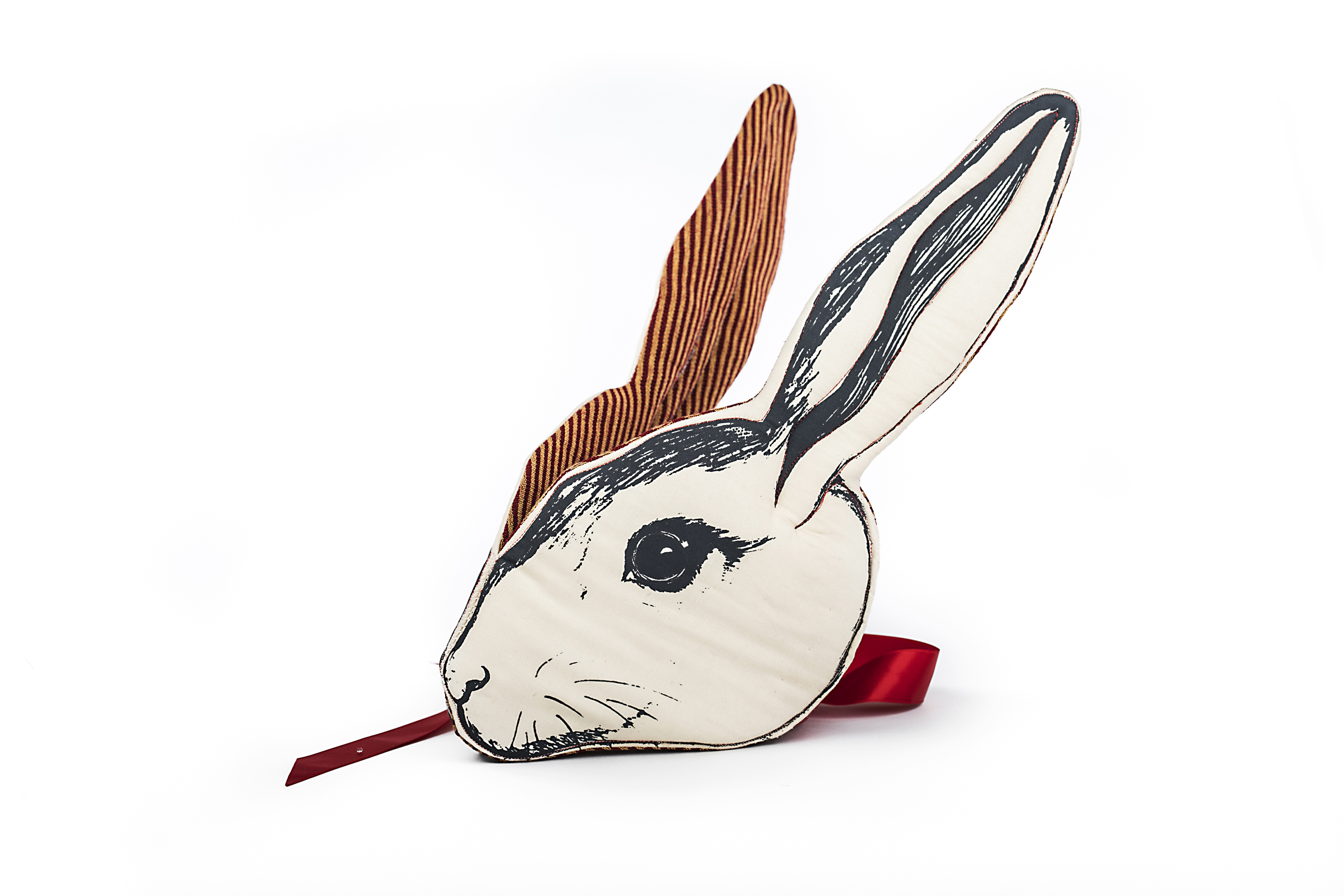 rabbitwbsze.jpg