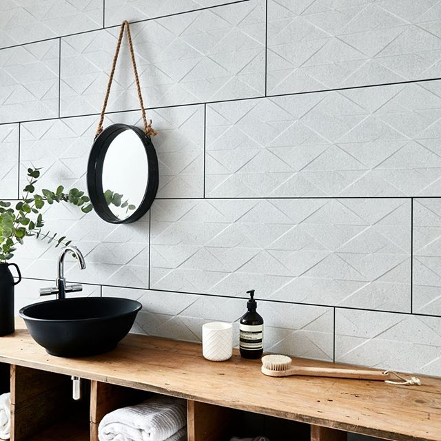 We have these gorgeous 3D textured 'Largo Mist Geo' tiles on display in our showroom - They're made from porcelain and have a matt finish 👌perfect for creating a natural look in your bathroom. . . . . . #bathroom #bathroomremodel #bathroomrenovation #bathroomdecor #bathtubgoals #BathroomInspo #bath #homedecor #tile #dreambathroom #goals #inspiration #birmingham #shower #showergoals #bathroomgoals #style #stylish #radiator #towelrail #handmadetiles #diamondtiles #terracottatile #glazedceramic #geometrictiles #aesop #aesophandwash