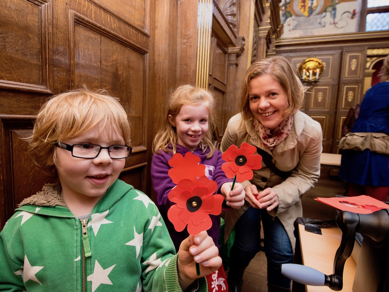 7-ww1-paper-poppies-edinburgh-castle-history-workshop.jpg