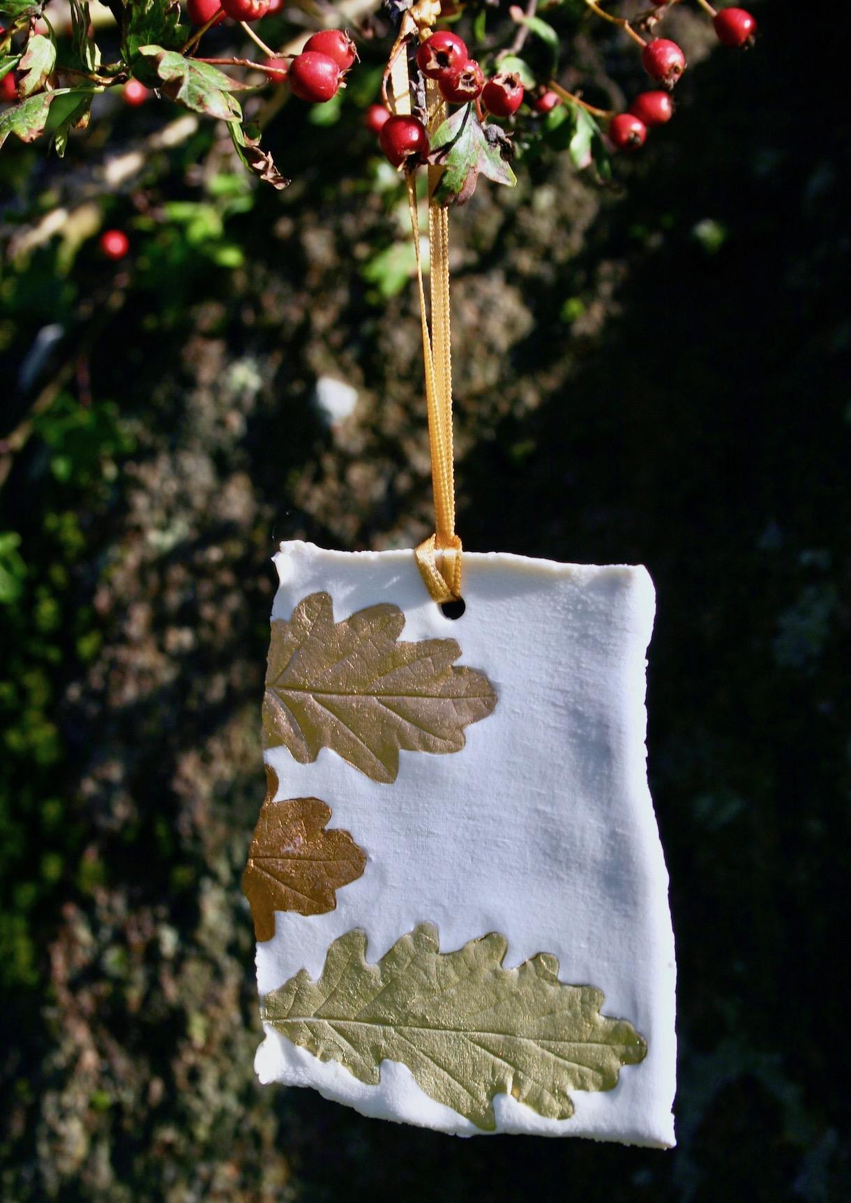 1-ceramic-clay-porcelain-print-oak-leaves.jpg