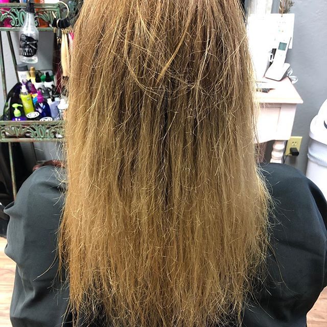 This can be done all in one visit! Go from damaged, drab and dull to silky smooth in 2 hours! You can do color/highlighting all in the same day too. No need to cut your hair just give it some Keratin ❤️. #balayage #keratintreatment #925hairstylist #downtownbrentwood #925hairstylist #eastbayhairstylist #eastbaysalon #oakleyca #discoverybayca #licensedtocreate #bestofbalayage #fromfrizzytosmooth #creamyblonde #seamlesshair #loveyourhairagain Hair by @irunwithscissorz74