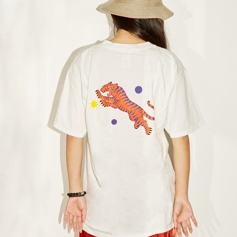 t-shirt-white-02.jpeg