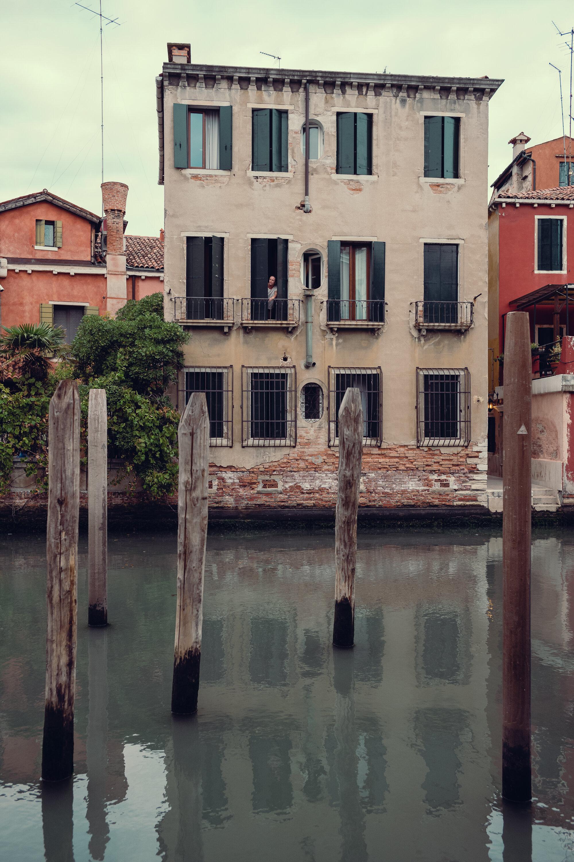 Venetian parking.