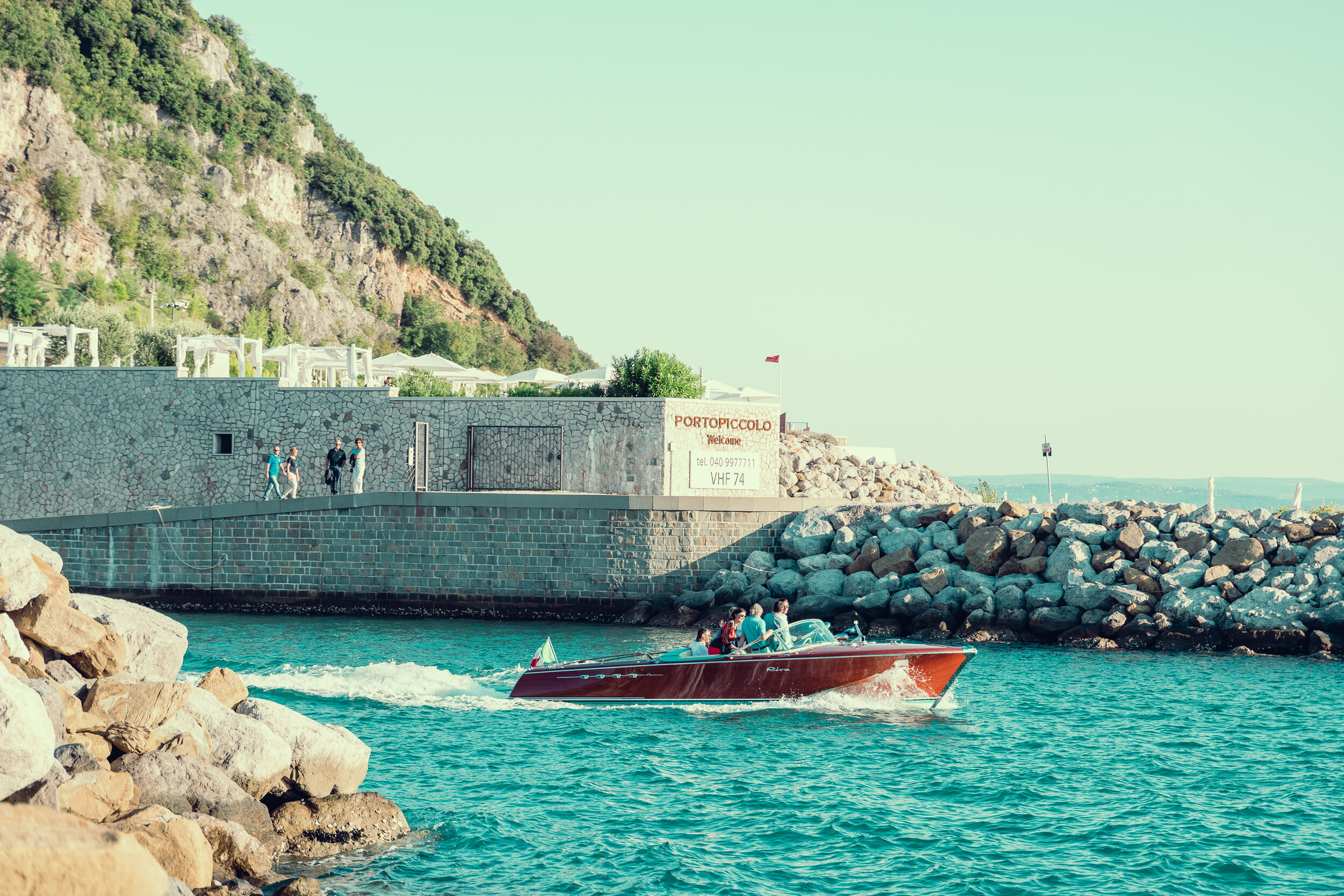 Aquarama heading out of Portopiccolo.