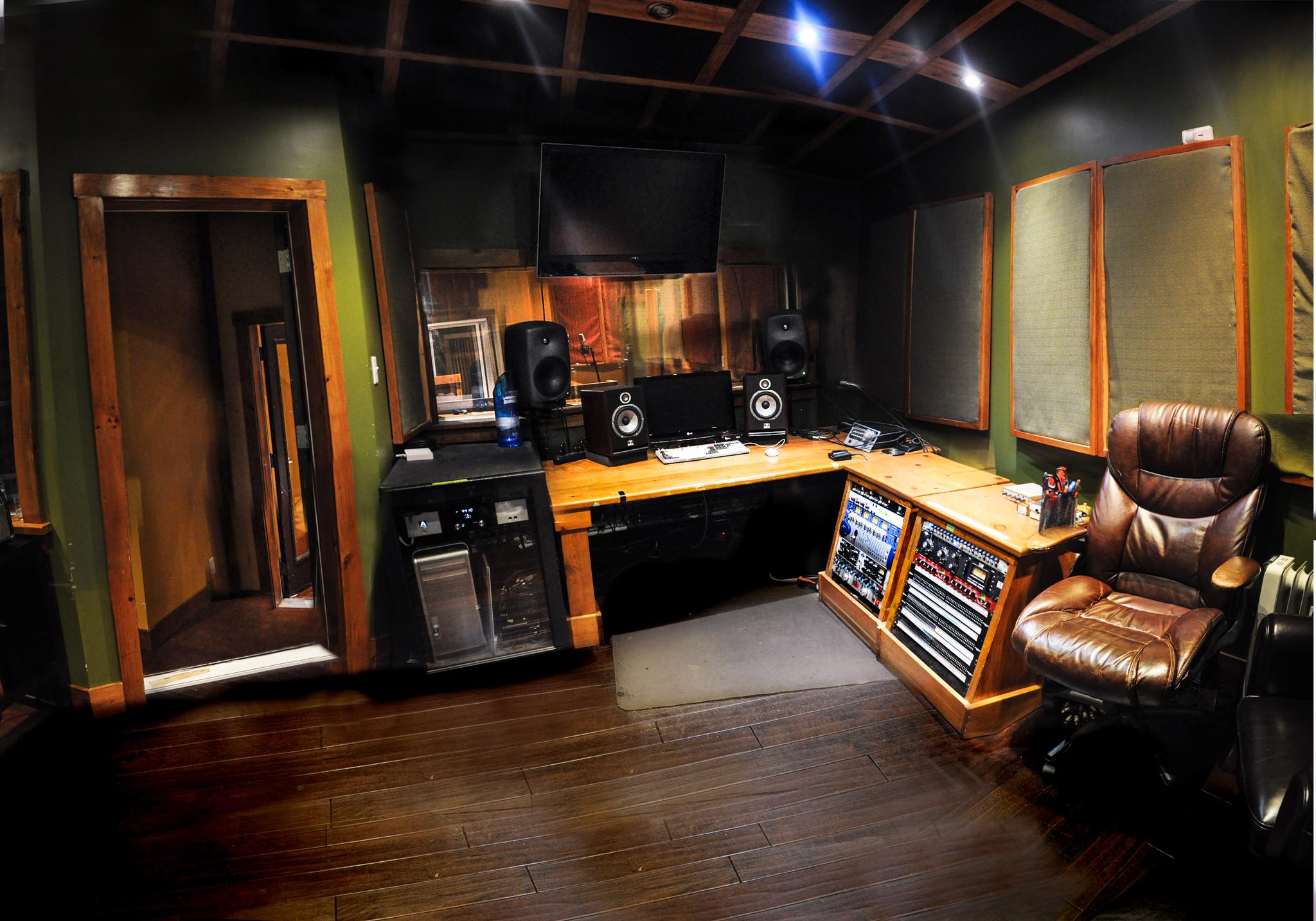studio-1-2.jpg