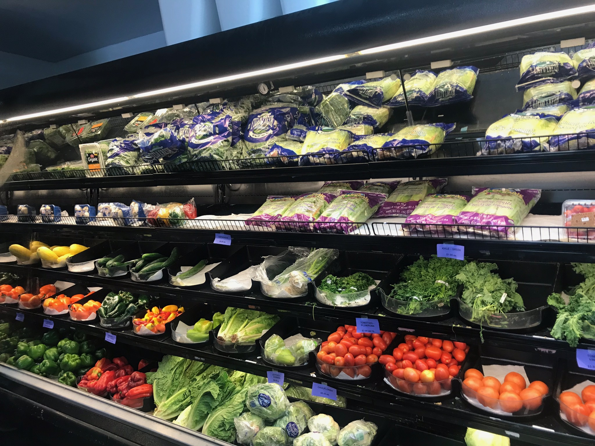 dolphin-market-st-john-produce-aisle.jpg