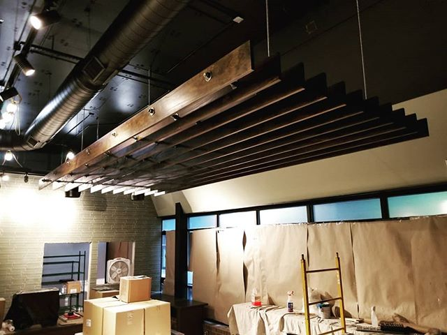 #cloudtechnology in new @petroschili in #downtownknoxville designed by @r2r_studio  #ceilingclouds #woodworking #pine