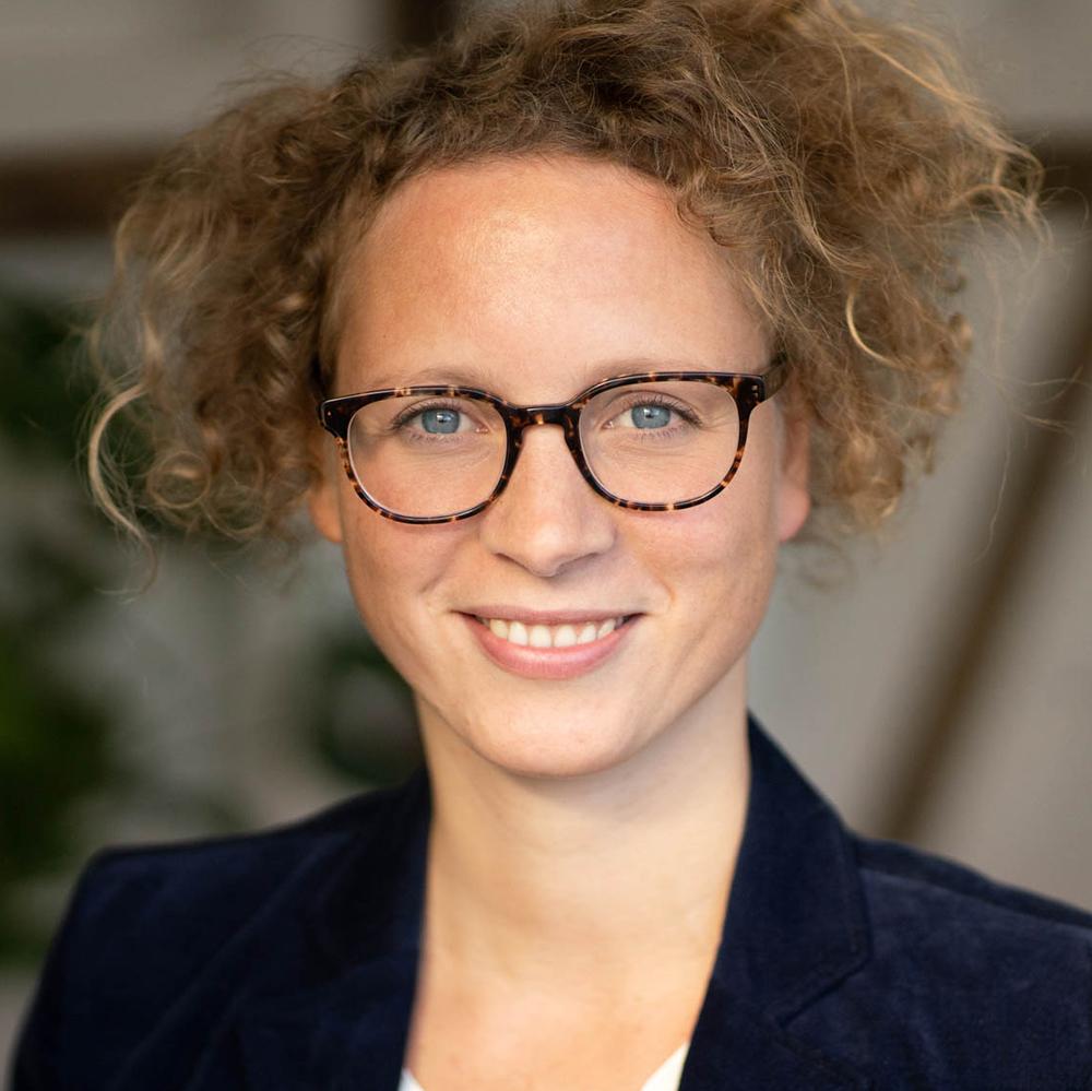 Anne Kübart - Seniorexpertin
