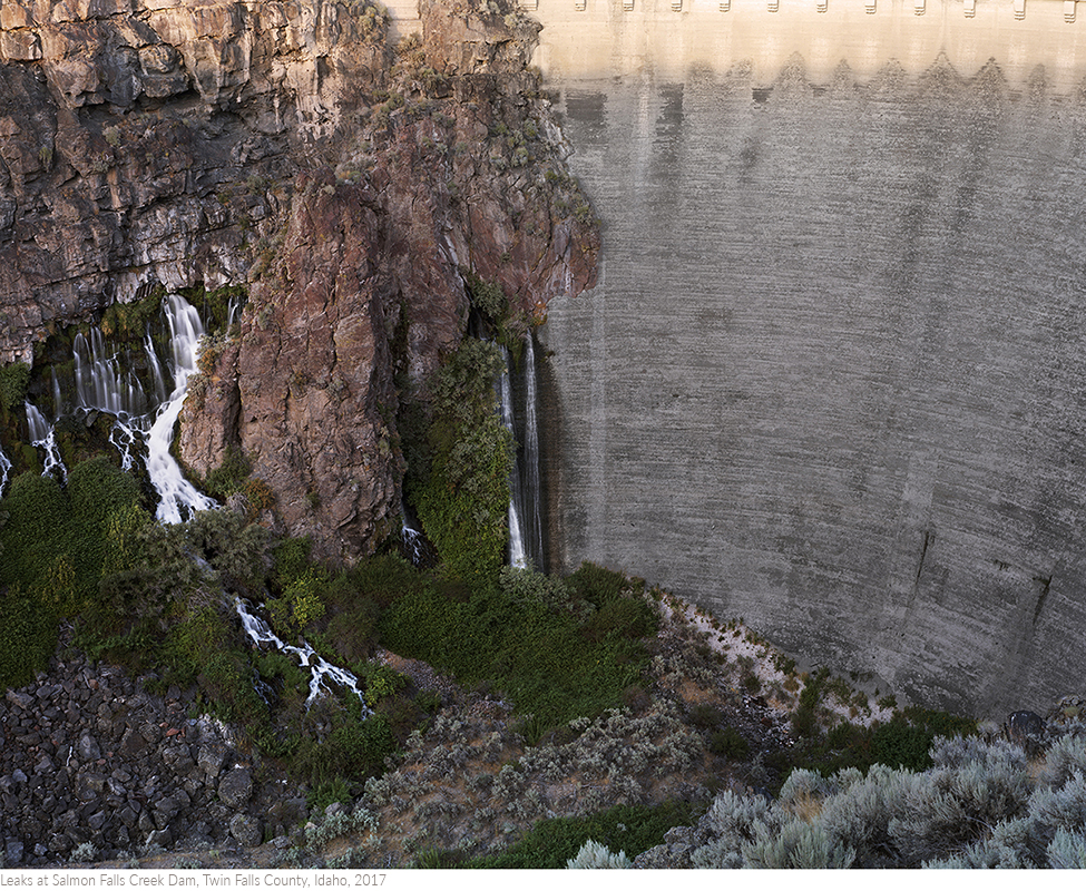 Leaks+at+Salmon+Falls+Creek+Dam,+Twin+Falls+County,+Idaho,+2017titledsamesize.jpg