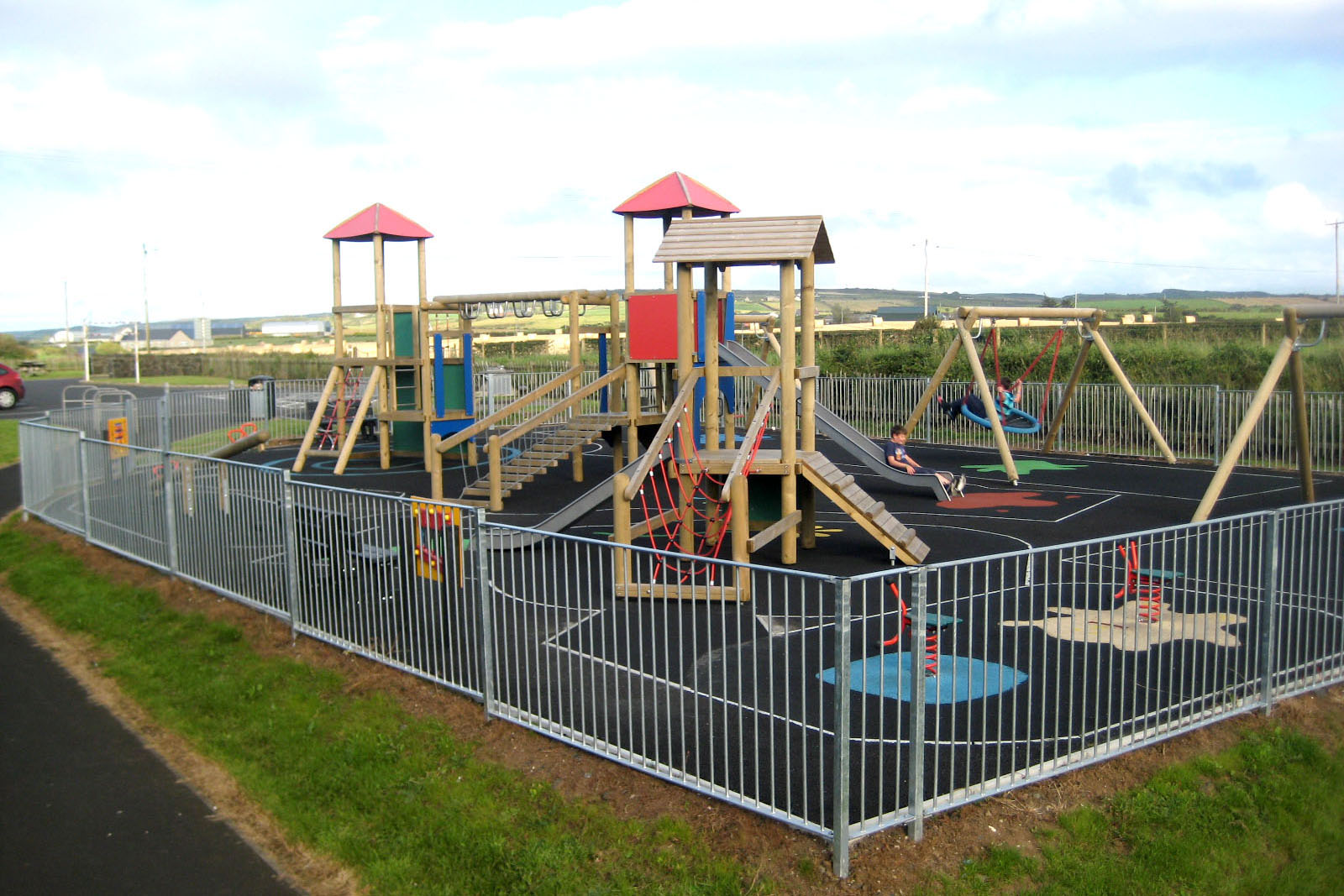 Play-ground 500 meters from cottage