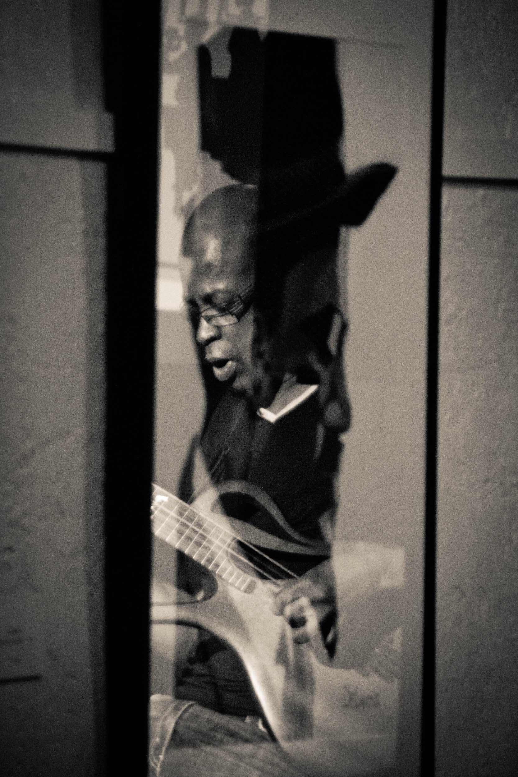 Lionel Loueke at the Jazz Gallery from Unchromed: Jazz NYC - 2012, © Jin Zhao