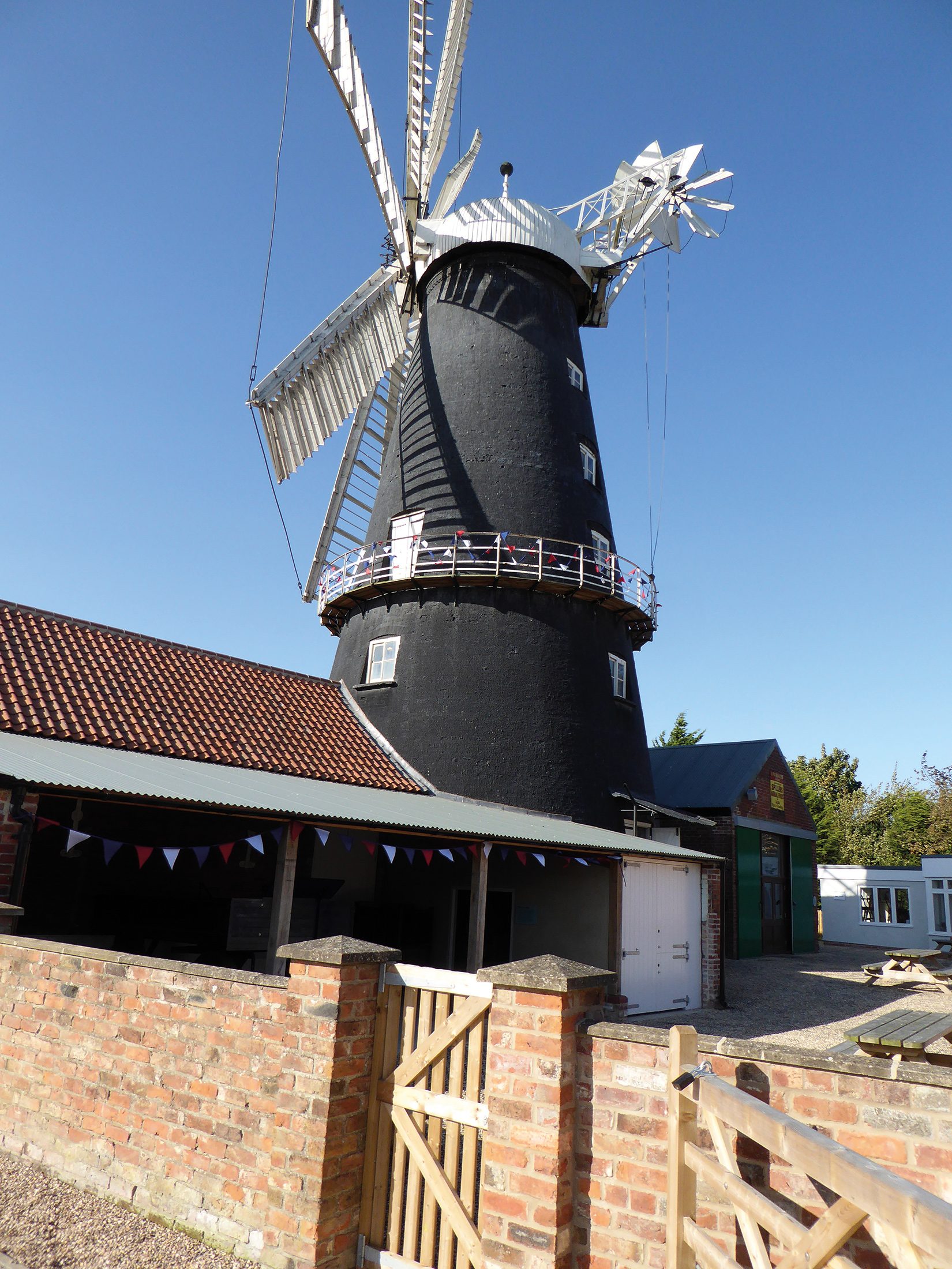 windmill-photo-for-advert.jpg
