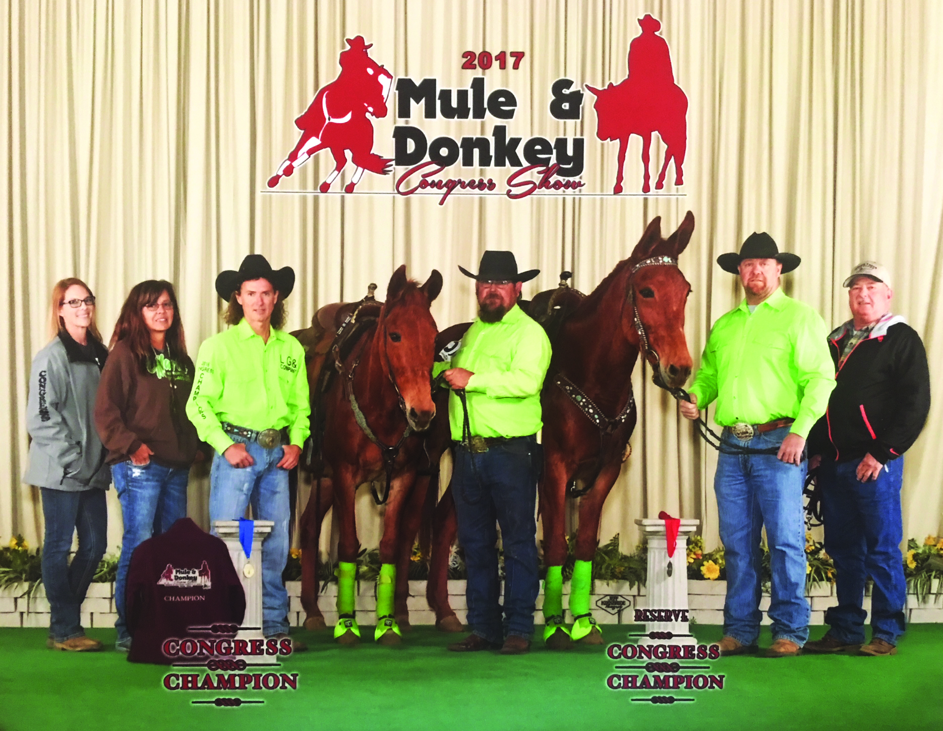 It Hawks Two and Eye Hawk Three with their 'crew' at the 2017 Mule & Donkey Con  gress