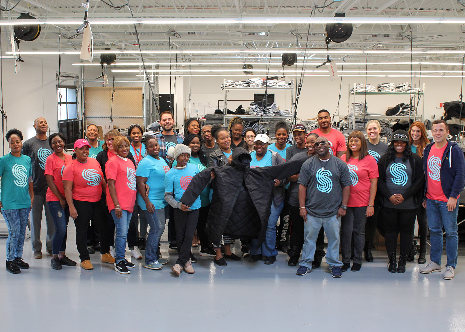 The Spreetail Community Impact team kicks off a new partnership with Detroit-based Empowerment Plan in 2018. The organizations partnered for the Spread the Warmth initiative, which provided 2,000 EMPWR Coats to individuals experiencing homelessness across the US.