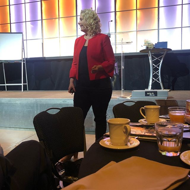 @bodylanguageexpert spoke at C21 Scheetz awards! She completely changes the way you think about communication and body language! AMAZING!