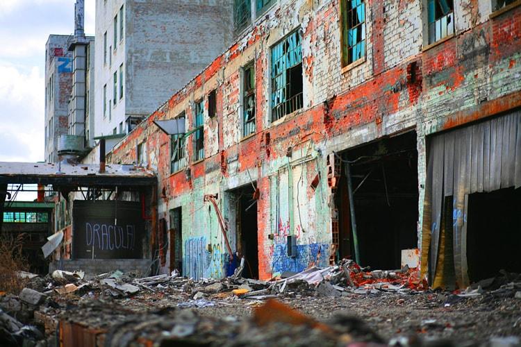 1-urban-decay.jpg