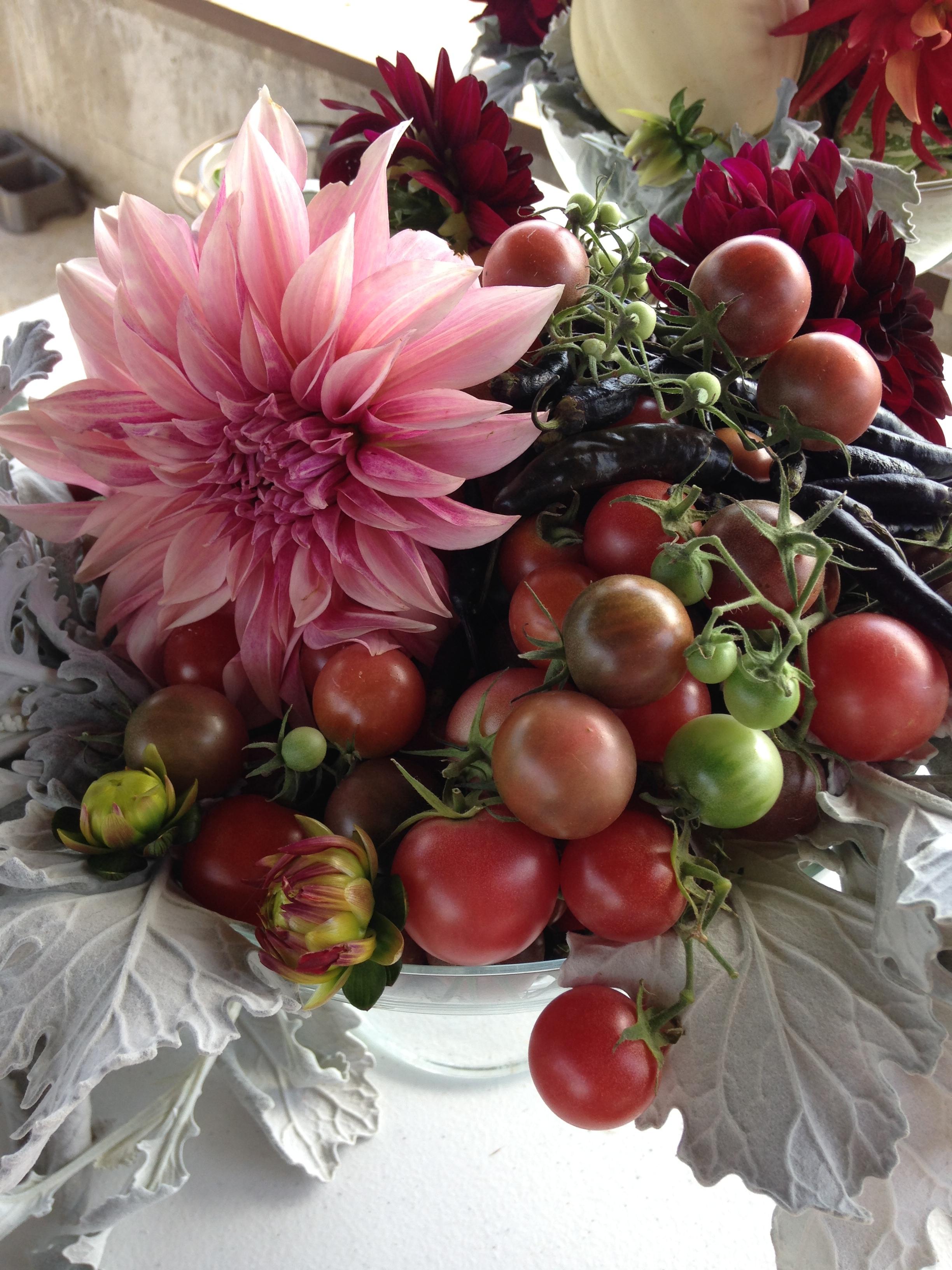 Flowers_Client_Seviche_BarnDinner_FAVORITECenterpiece.jpg